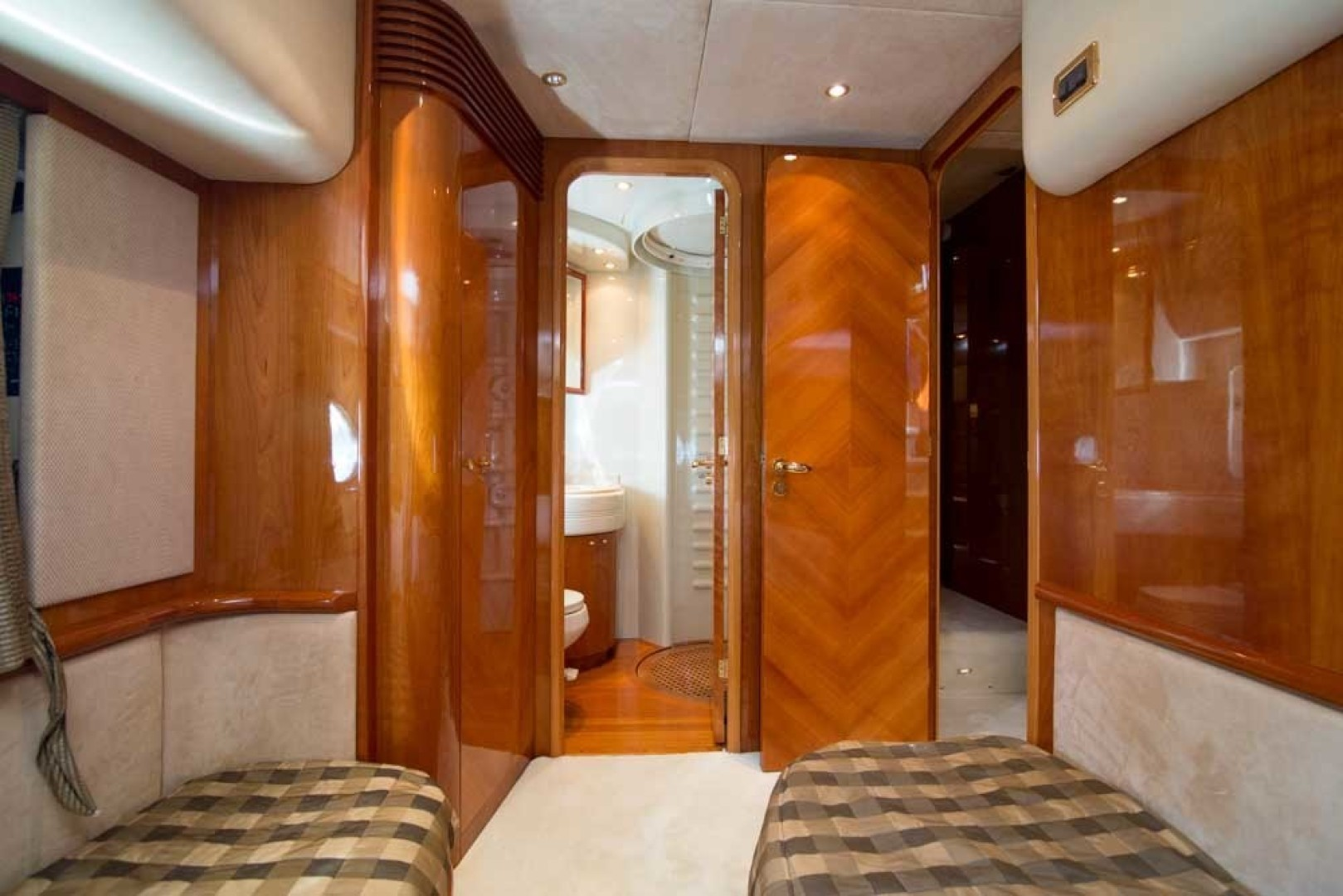 Azimut-Motor Yacht 2001-Enchanted Lady North Palm Beach-Florida-United States-Guest Stateroom, Port-1372168 | Thumbnail