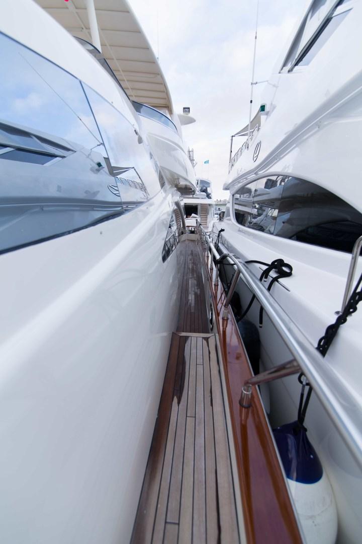 Azimut-Motor Yacht 2001-Enchanted Lady North Palm Beach-Florida-United States-Walkaround-1372234 | Thumbnail