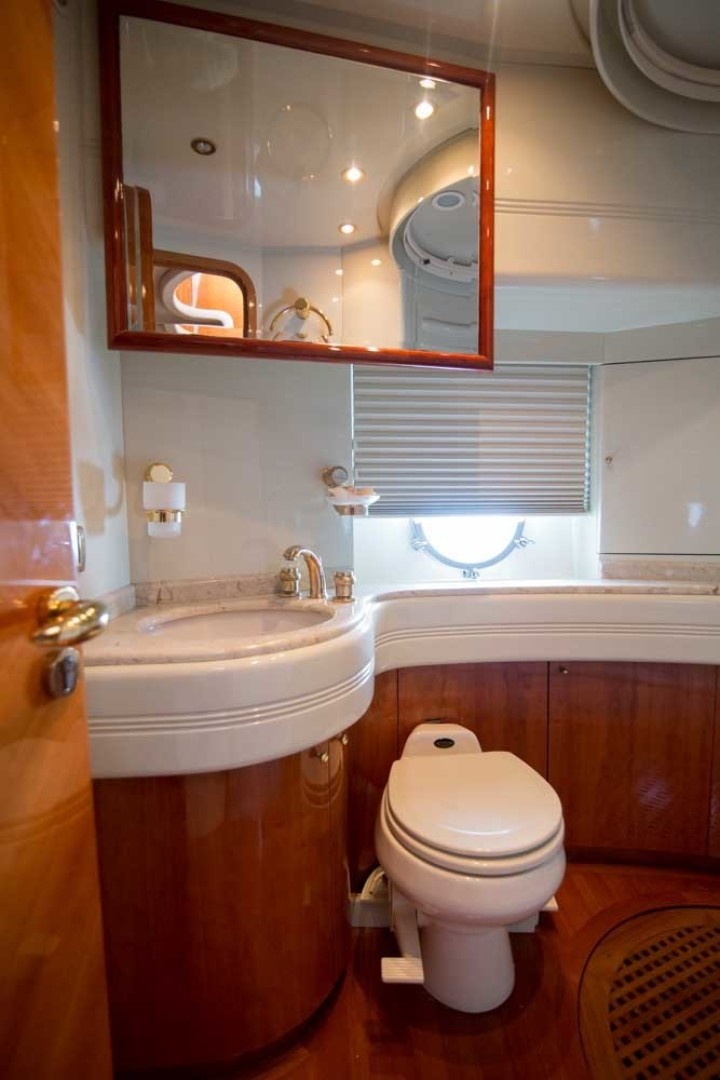 Azimut-Motor Yacht 2001-Enchanted Lady North Palm Beach-Florida-United States-Guest Stateroom Head, Starboard-1372176 | Thumbnail