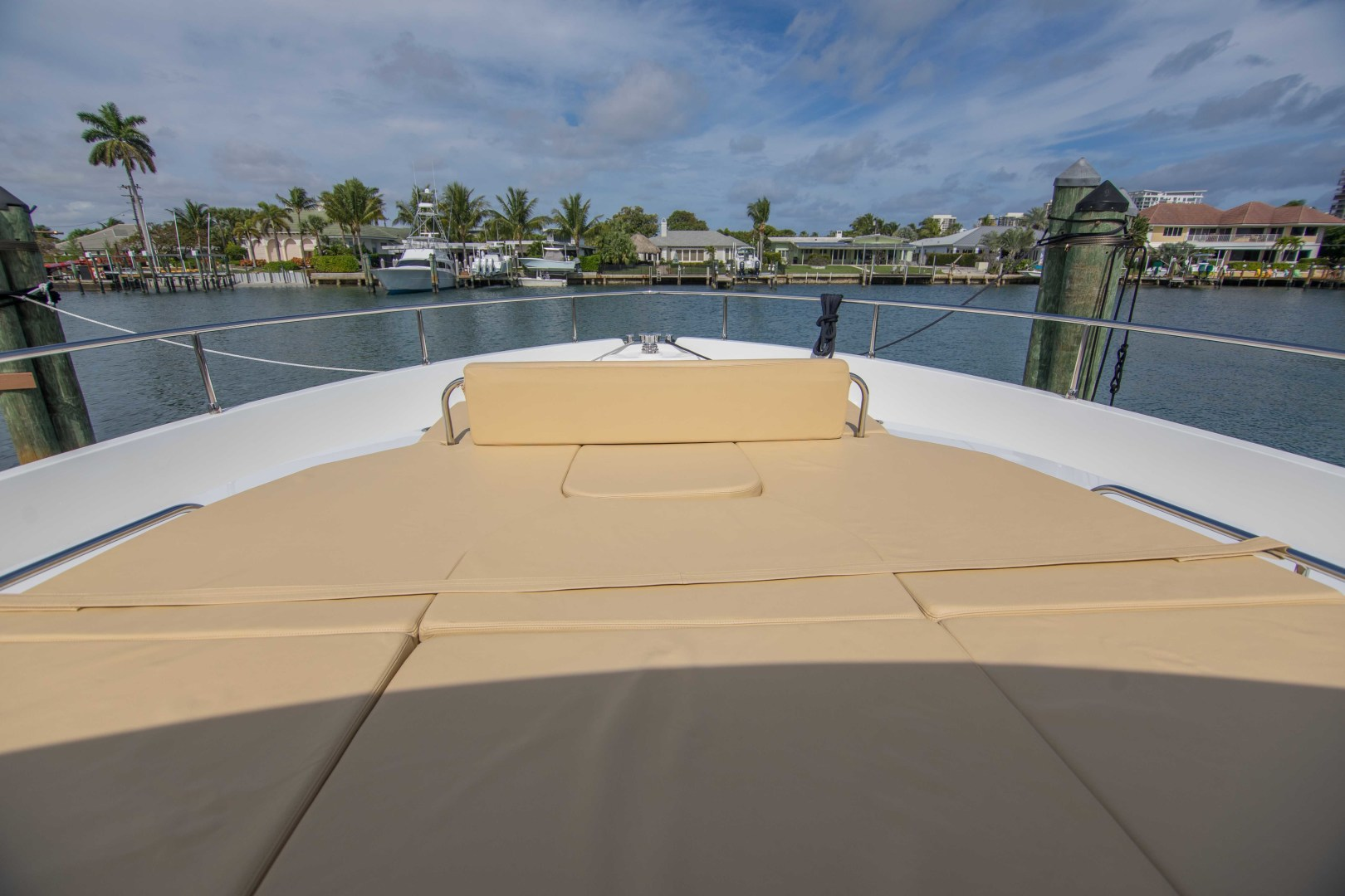 Sundeck-58 Sport 2019-LJ IV Singer Island-Florida-United States-Bow-1373097 | Thumbnail