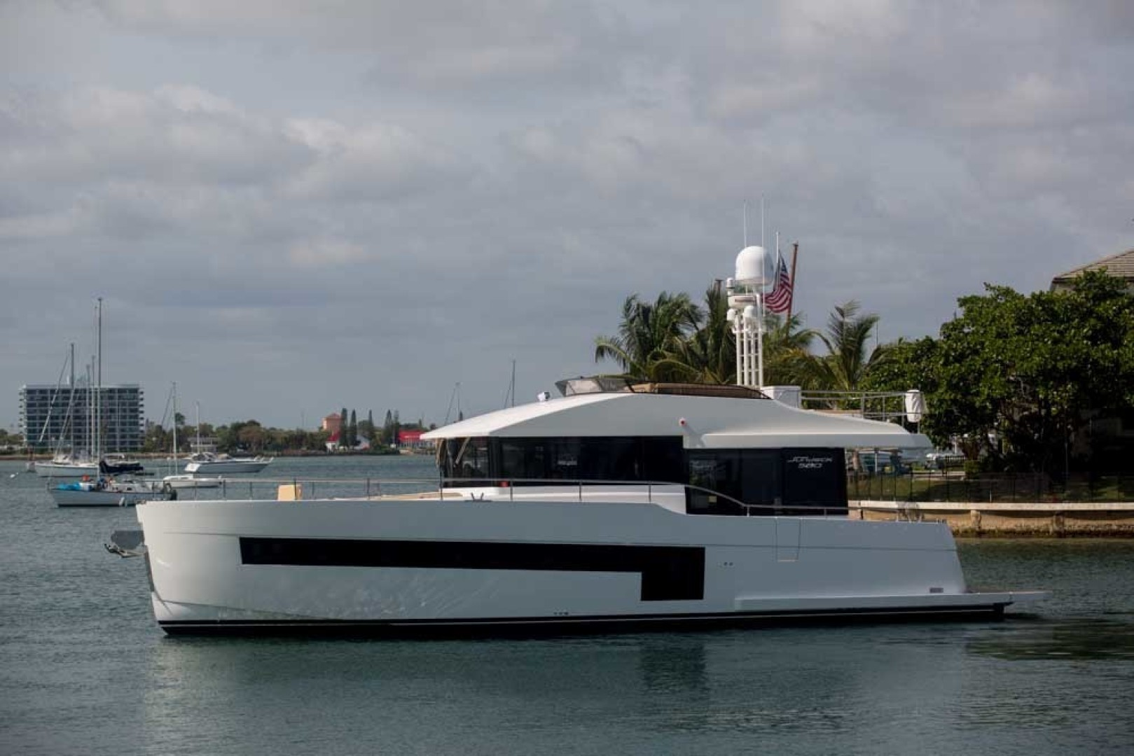 Sundeck-58 Sport 2019-LJ IV Singer Island-Florida-United States-LJ IV-1373129 | Thumbnail