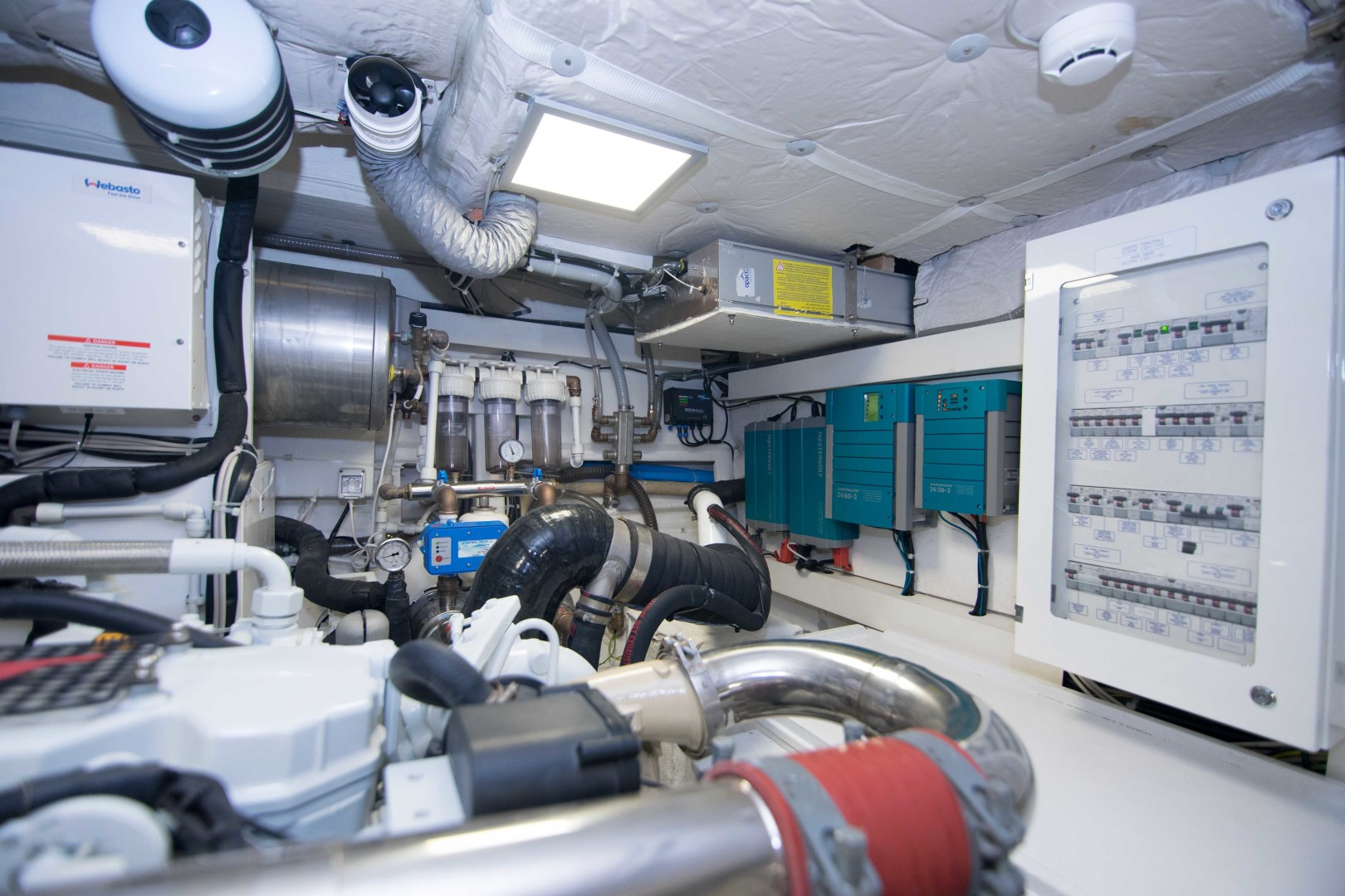 Sundeck-58 Sport 2019-LJ IV Singer Island-Florida-United States-Engine Room-1373109 | Thumbnail
