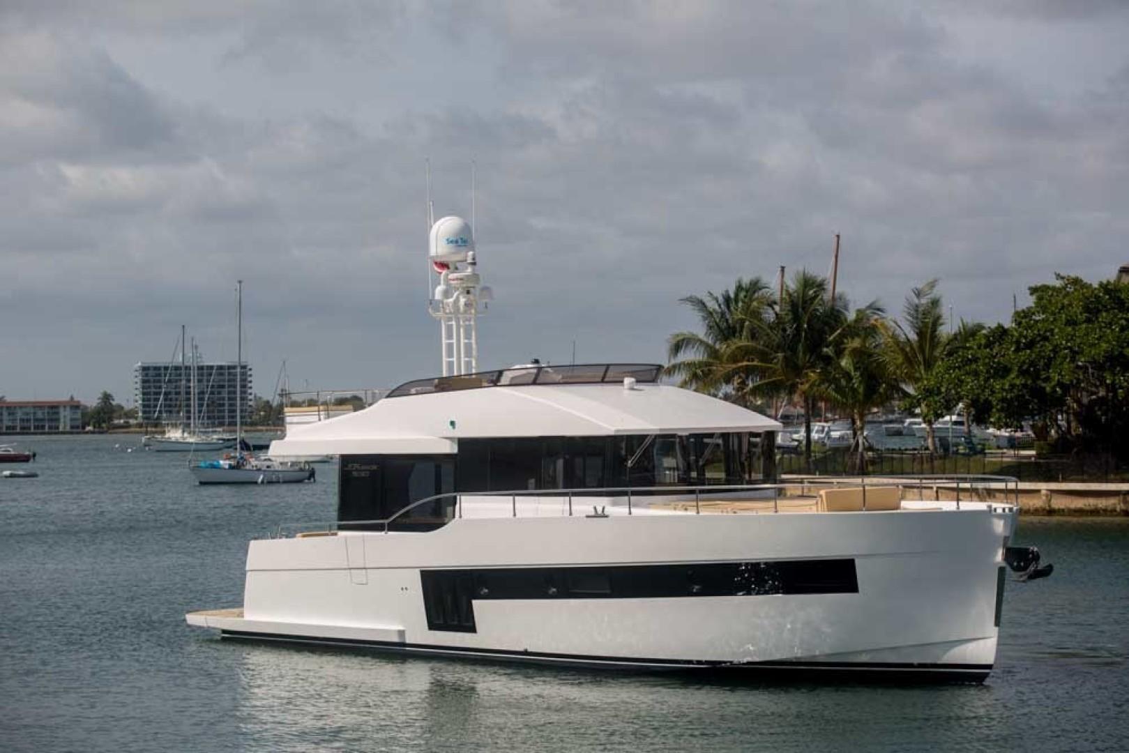 Sundeck-58 Sport 2019-LJ IV Singer Island-Florida-United States-LJ IV-1373117 | Thumbnail