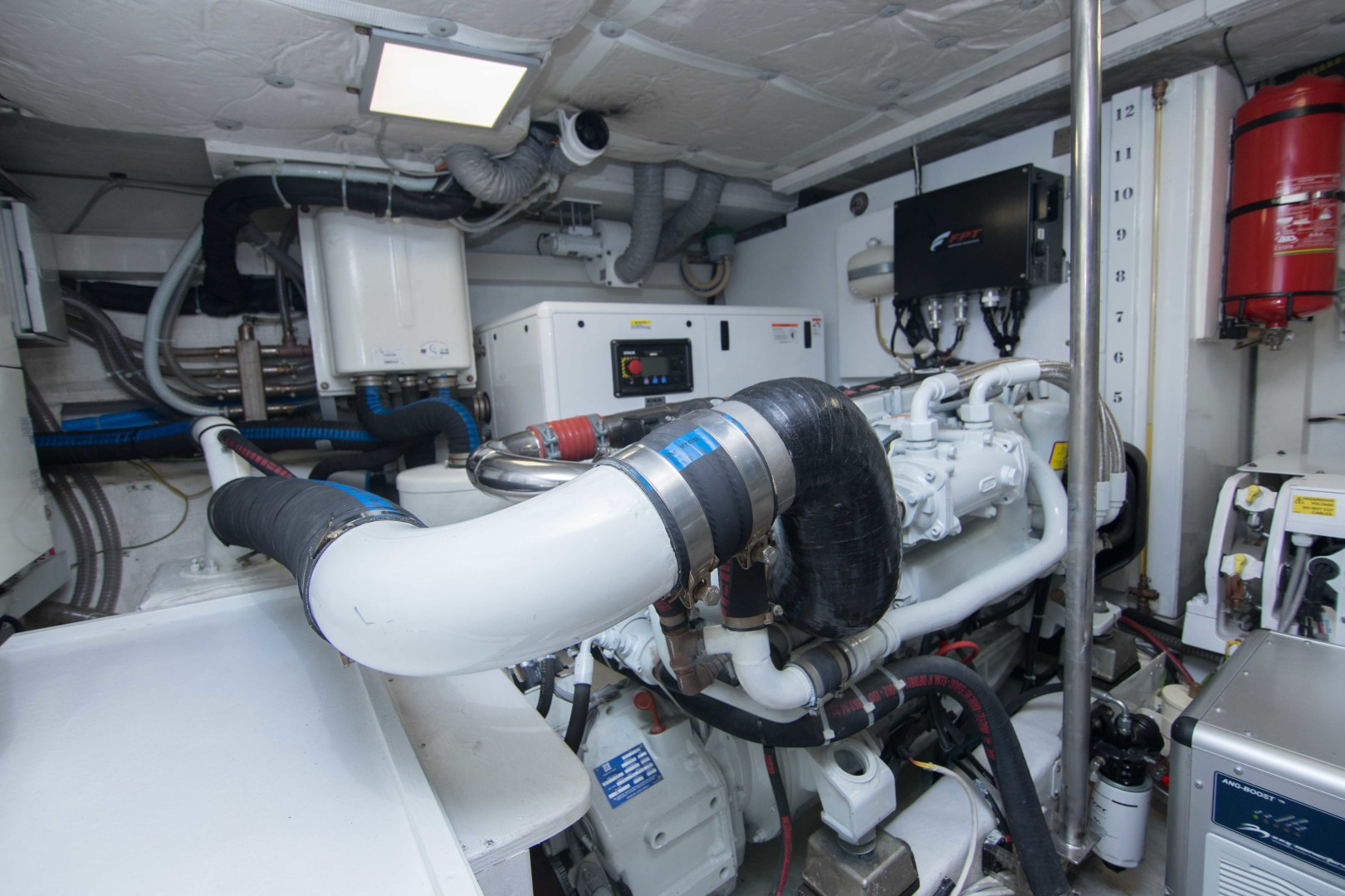 Sundeck-58 Sport 2019-LJ IV Singer Island-Florida-United States-Engine Room-1373102 | Thumbnail