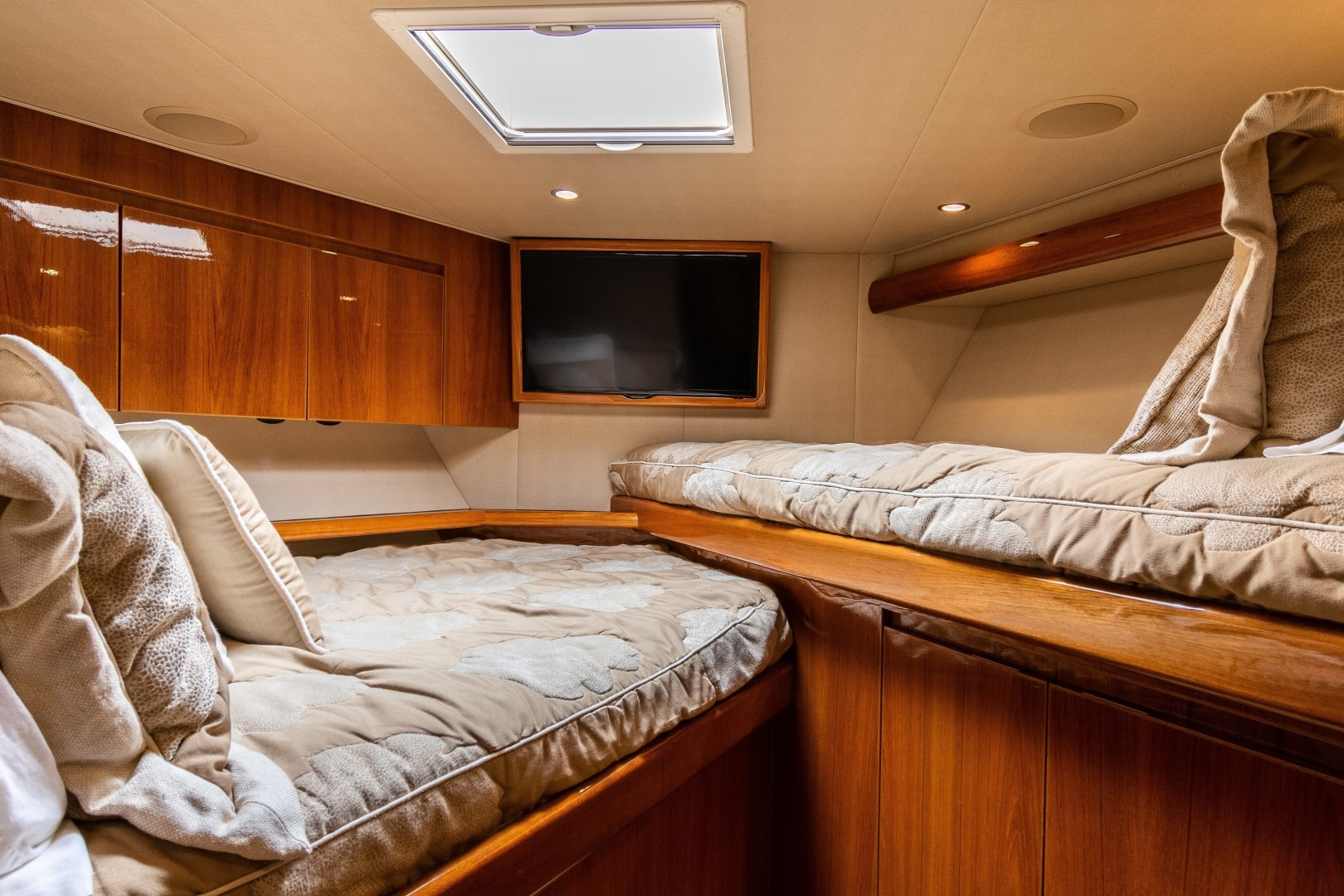 Viking-70 Convertible 2014-Load N Go Port Aransas-Texas-United States-2014 70 Viking Load N Go Forward SR-1420077 | Thumbnail