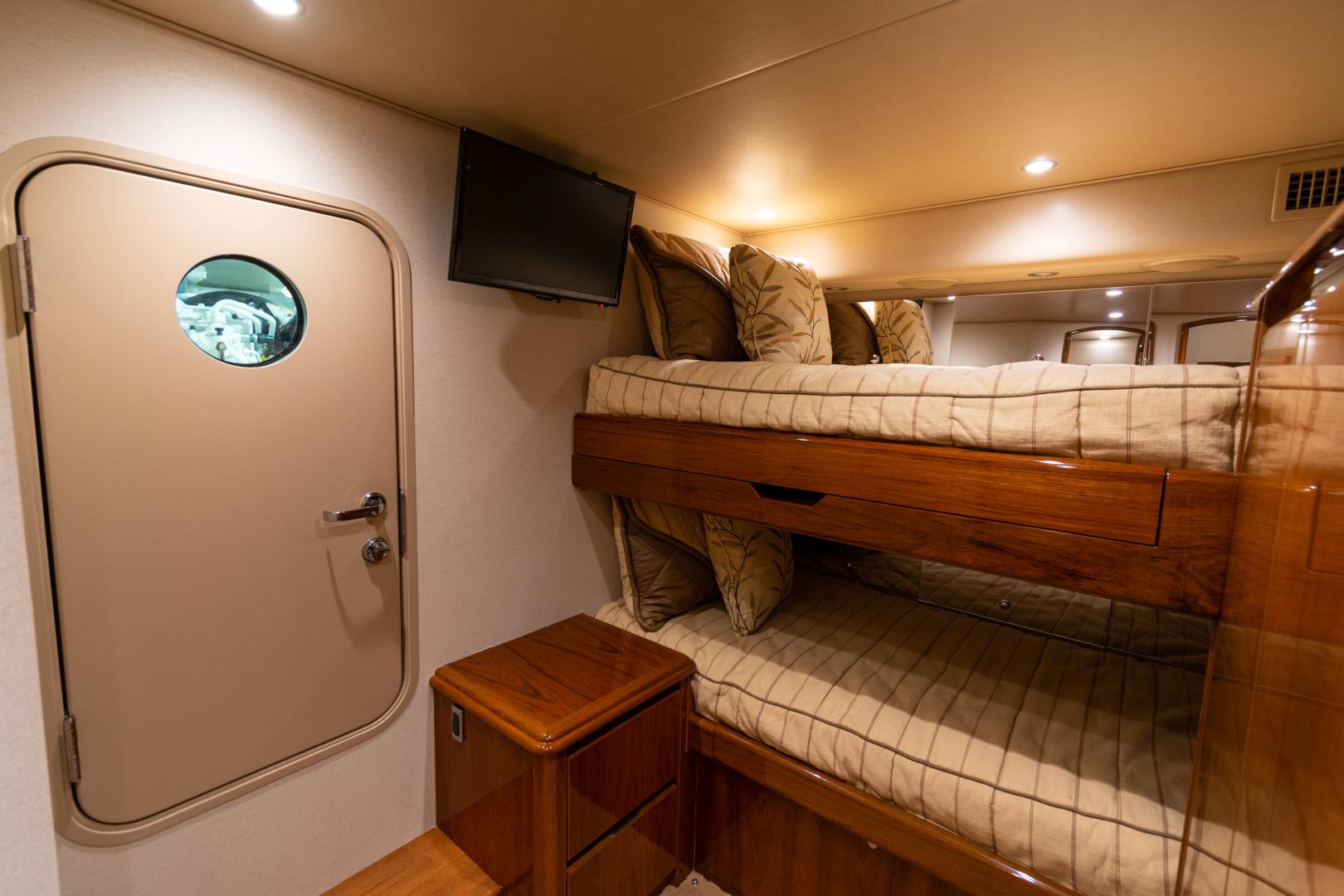Viking-70 Convertible 2014-Load N Go Port Aransas-Texas-United States-2014 70 Viking Load N Go Crew Quarters (2)-1380524 | Thumbnail
