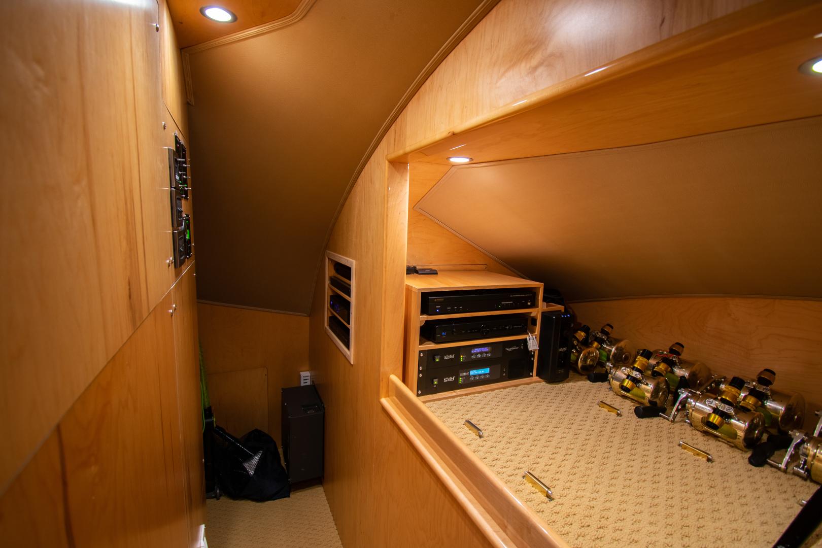 Viking-70 Convertible 2014-Load N Go Port Aransas-Texas-United States-2014 70 Viking Load N Go Rod Storage-1380592 | Thumbnail