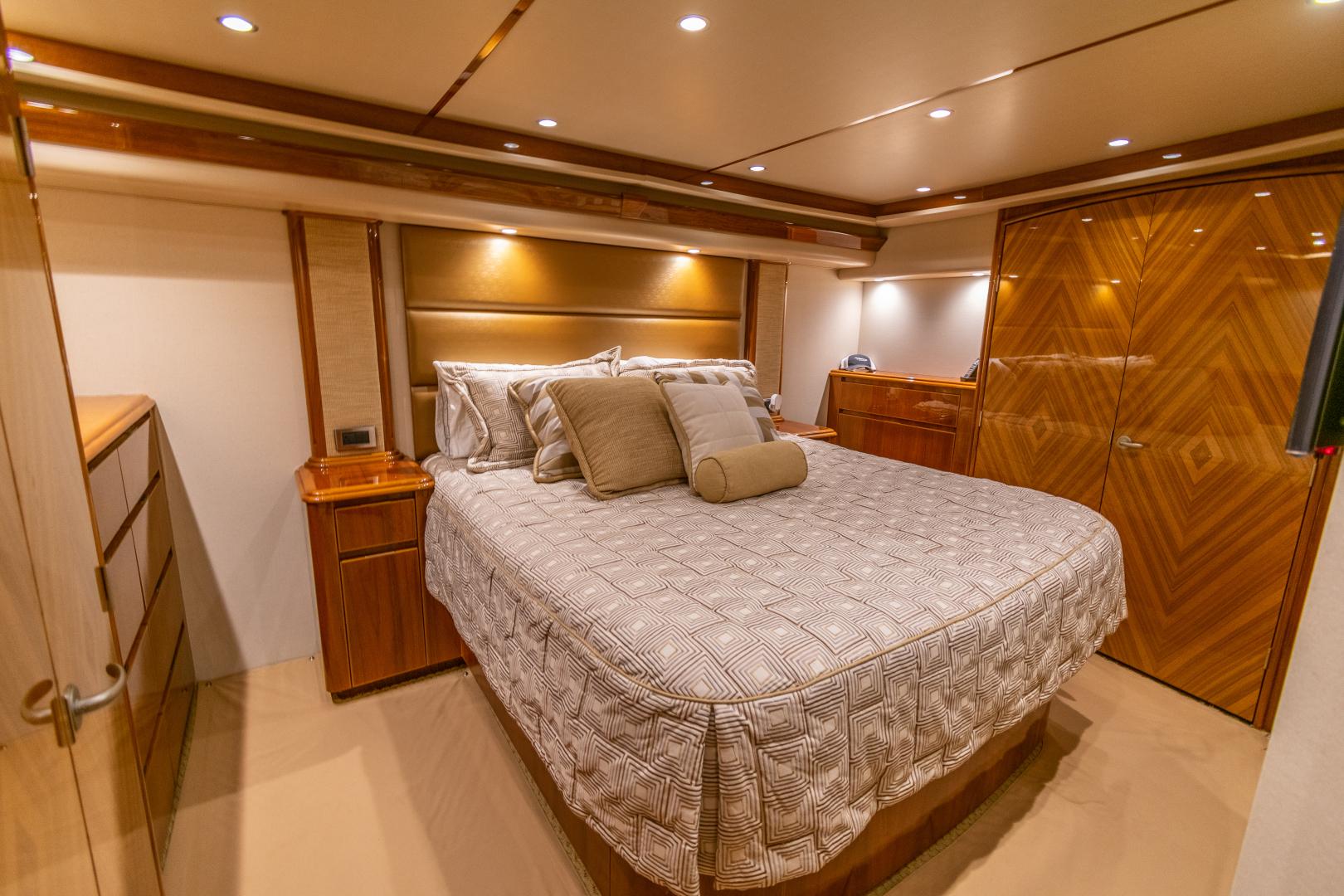 Viking-70 Convertible 2014-Load N Go Port Aransas-Texas-United States-2014 70 Viking Load N Go Master SR (2)-1380513 | Thumbnail