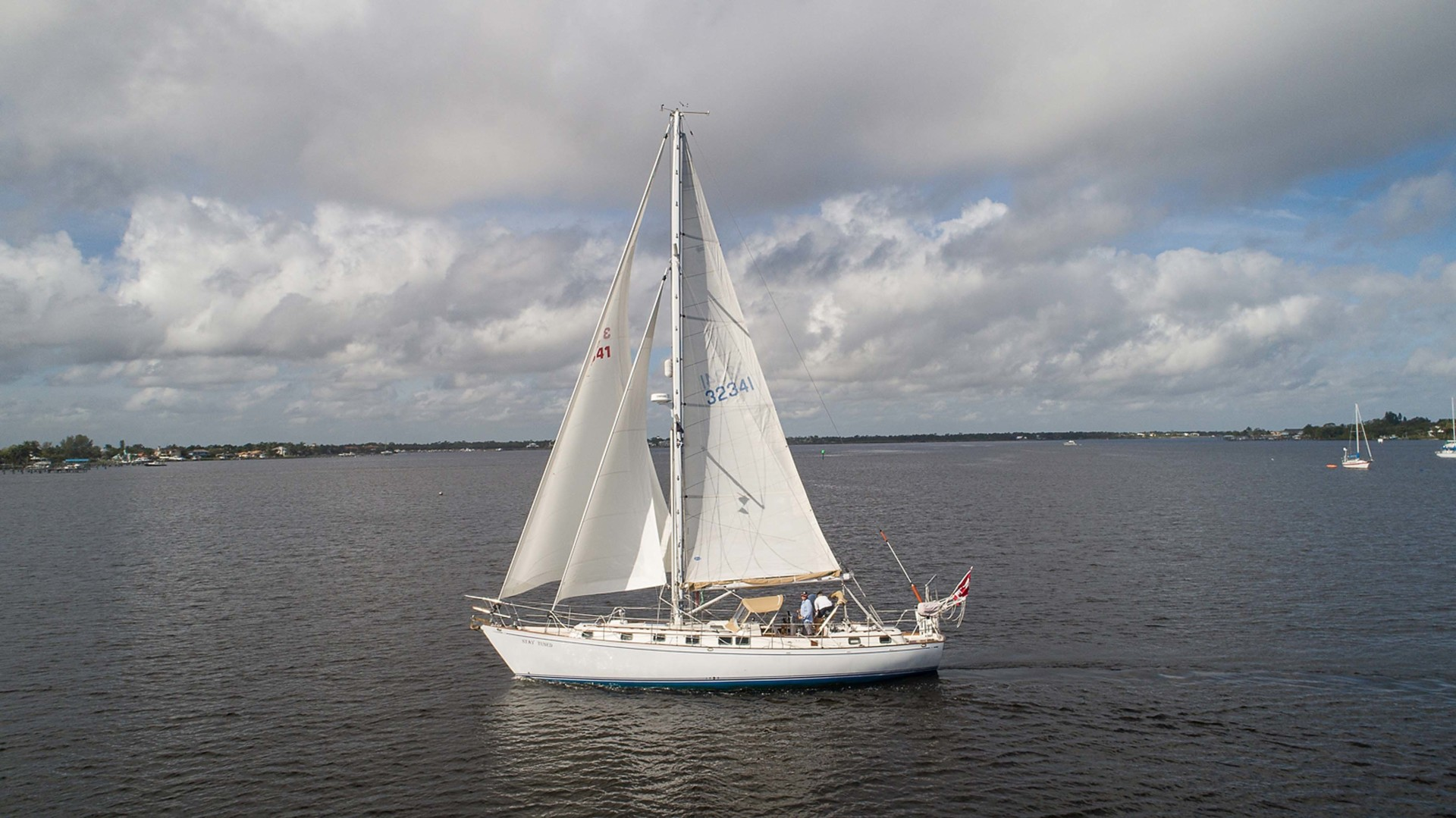 Kelly Peterson-Center Cockpit Cutter 1982-Stay Tuned Stuart-Florida-United States-Stay Tuned Sailing-1376167 | Thumbnail