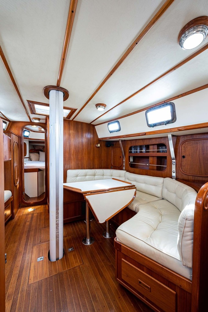 Kelly Peterson-Center Cockpit Cutter 1982-Stay Tuned Stuart-Florida-United States-Salon Settee To Starboard And Table-1376114 | Thumbnail