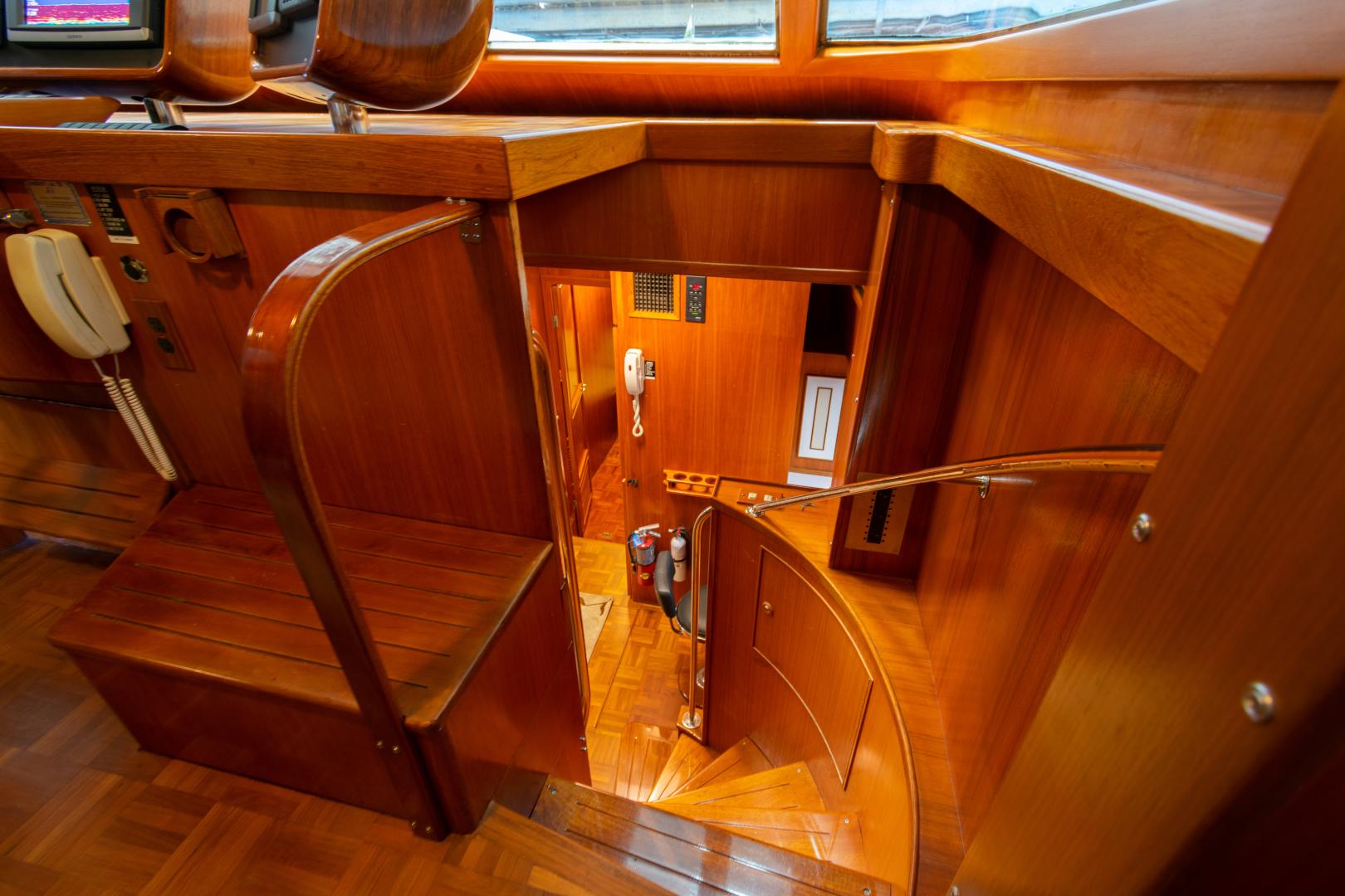 Jefferson-65 Motor Yacht 1989-Moon Palace Galveston-Texas-United States-Jefferson 65 Motor Yacht 1989 Moon Palace Stairway-1379093   Thumbnail