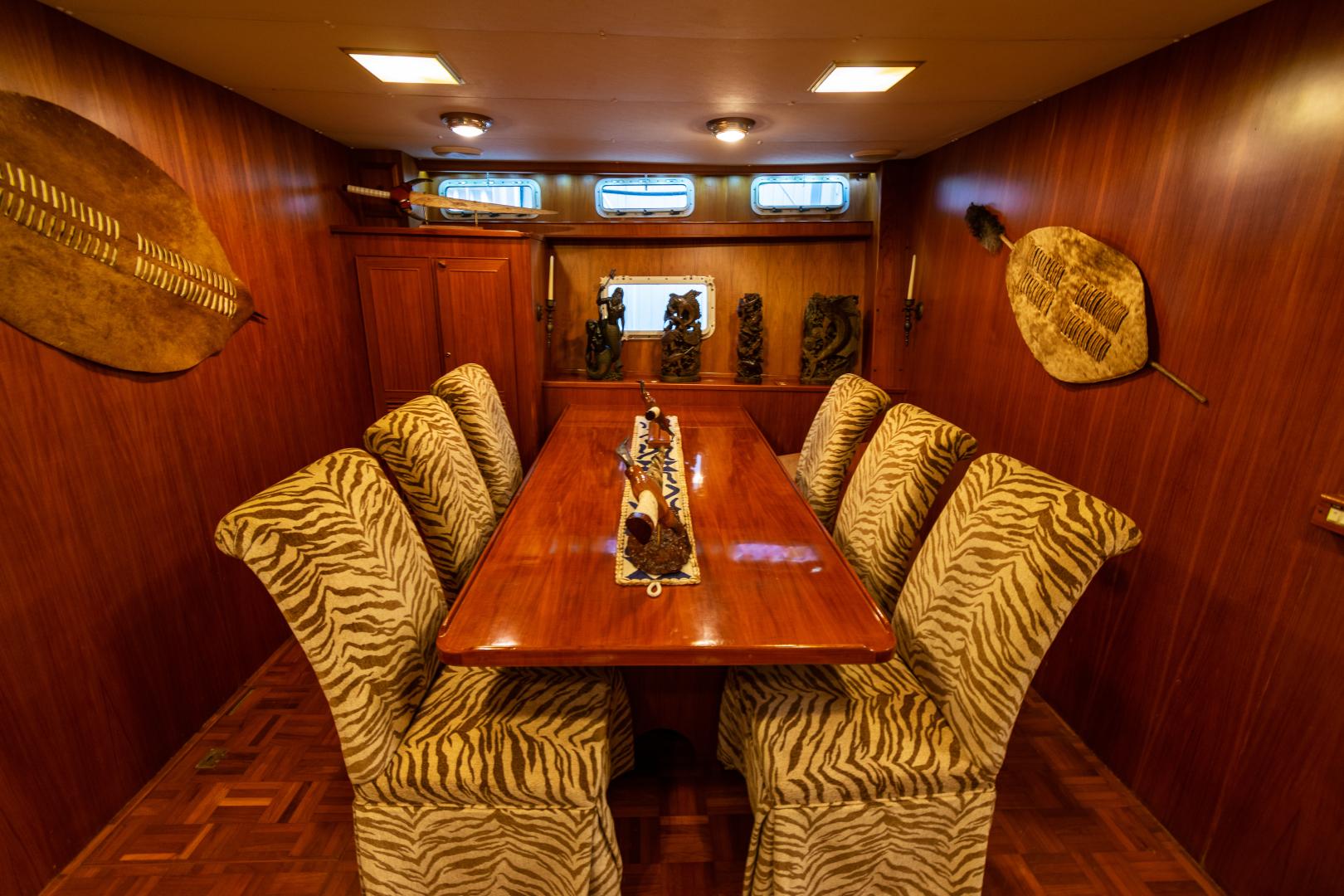 Jefferson-65 Motor Yacht 1989-Moon Palace Galveston-Texas-United States-Jefferson 65 Motor Yacht 1989 Moon Palace-1379129   Thumbnail