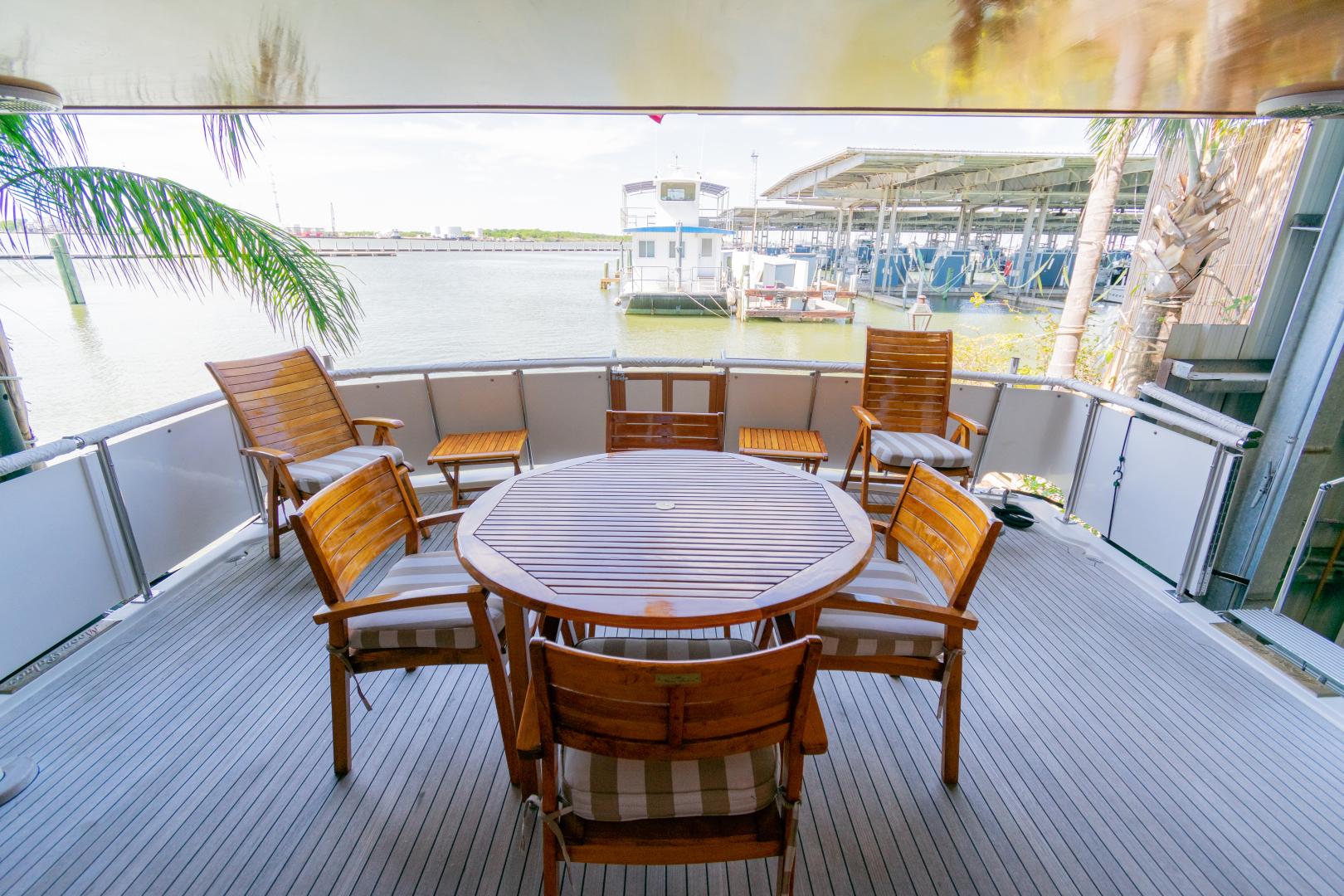 Jefferson-65 Motor Yacht 1989-Moon Palace Galveston-Texas-United States-Jefferson 65 Motor Yacht 1989 Moon Palace-1379152   Thumbnail