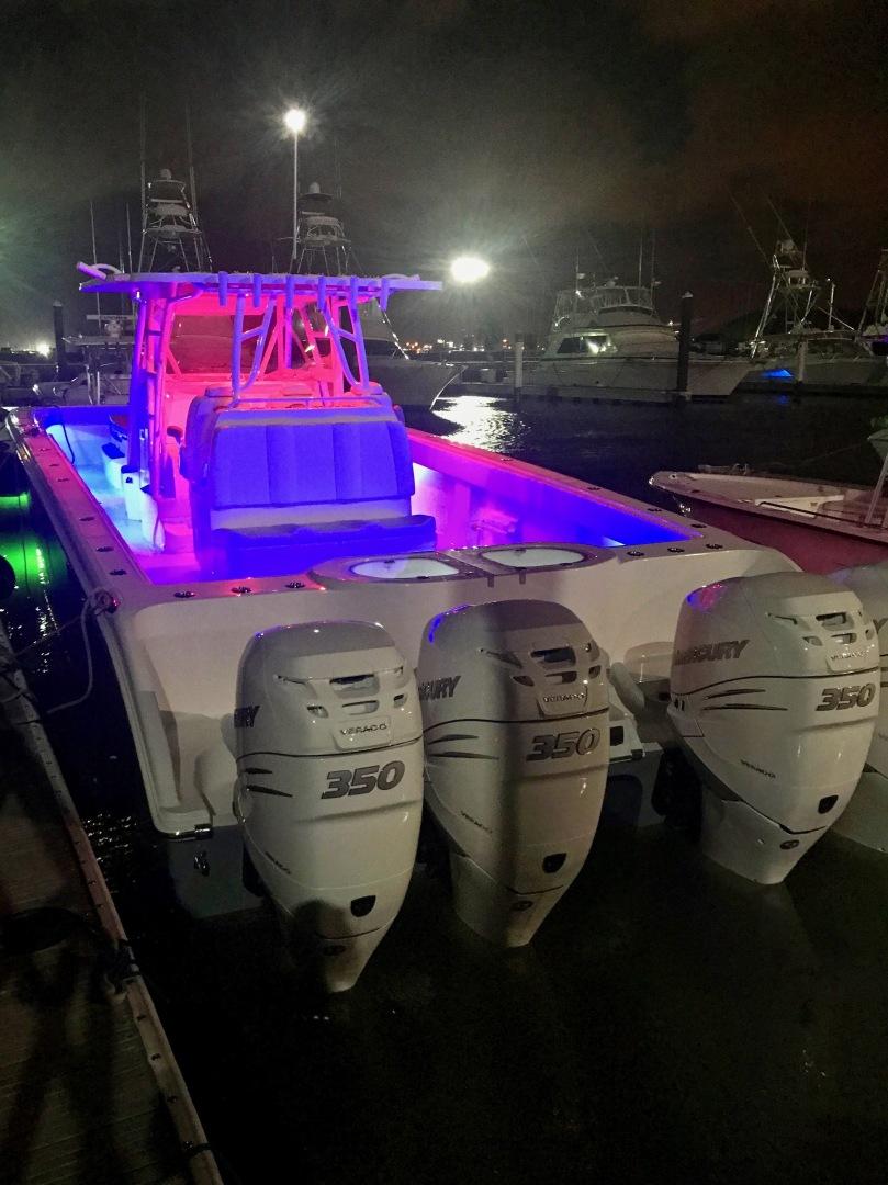 Invincible-Catamaran 2018-Pit Boss Freeport-Texas-United States-1380083 | Thumbnail