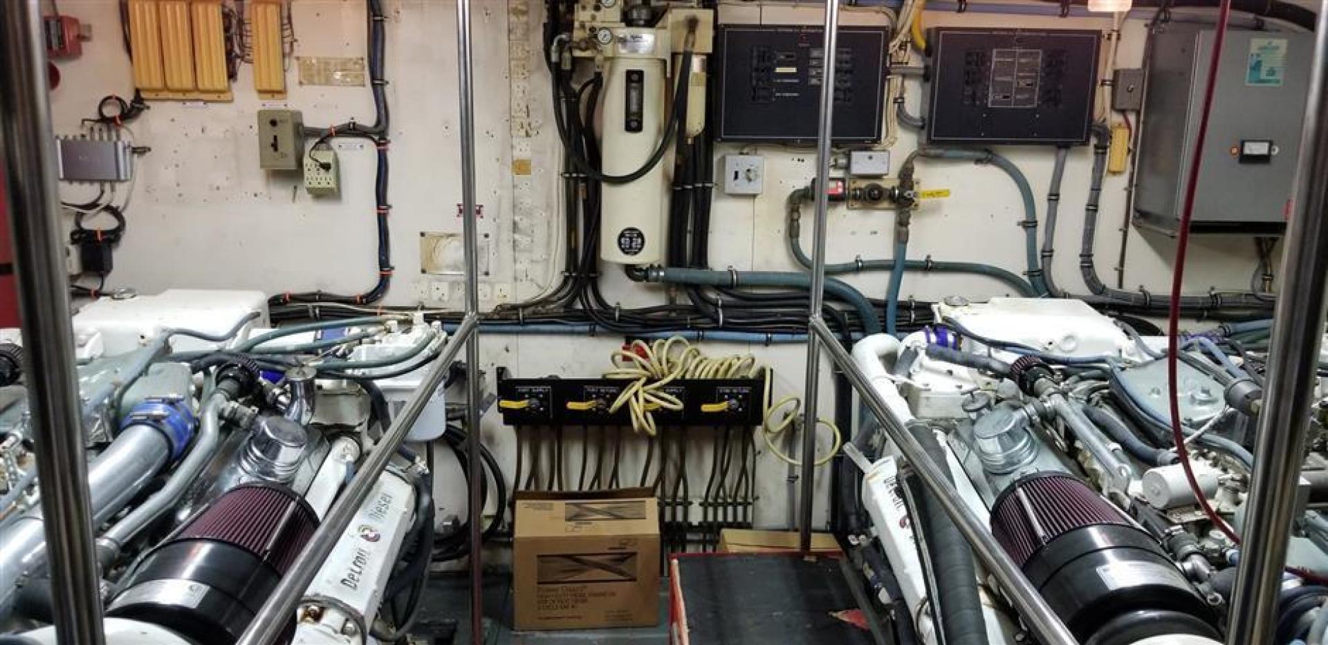 Hatteras-Cockpit Motor Yacht 1989-Carolina Wind Charleston-South Carolina-United States-1382859 | Thumbnail