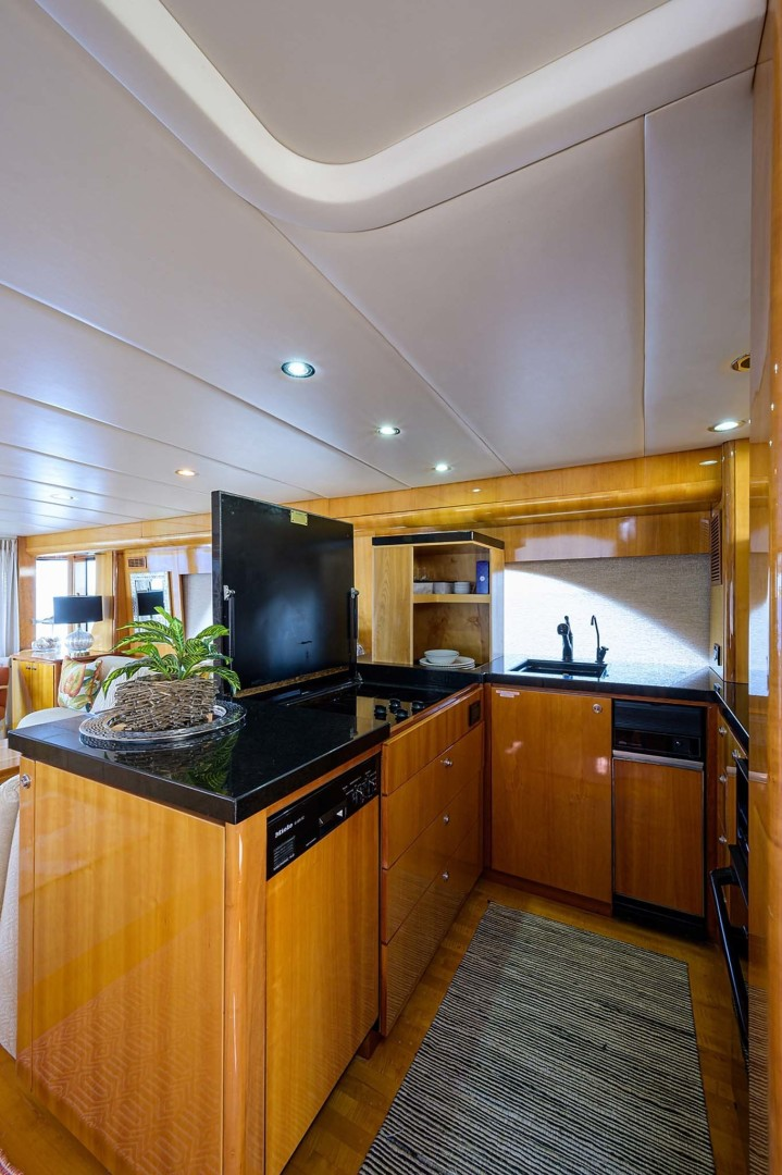 Queenship-Pilothouse Motor Yacht 1996-UNBRIDLED Stuart-Florida-United States-Electric vertical pop up storage from countertop-1383289 | Thumbnail