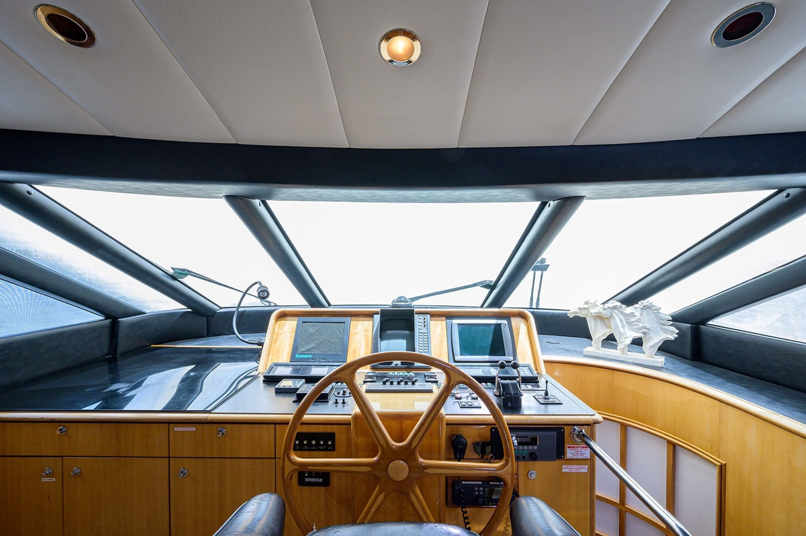 Queenship-Pilothouse Motor Yacht 1996-UNBRIDLED Stuart-Florida-United States-3-Windshield Wipers-1383272 | Thumbnail