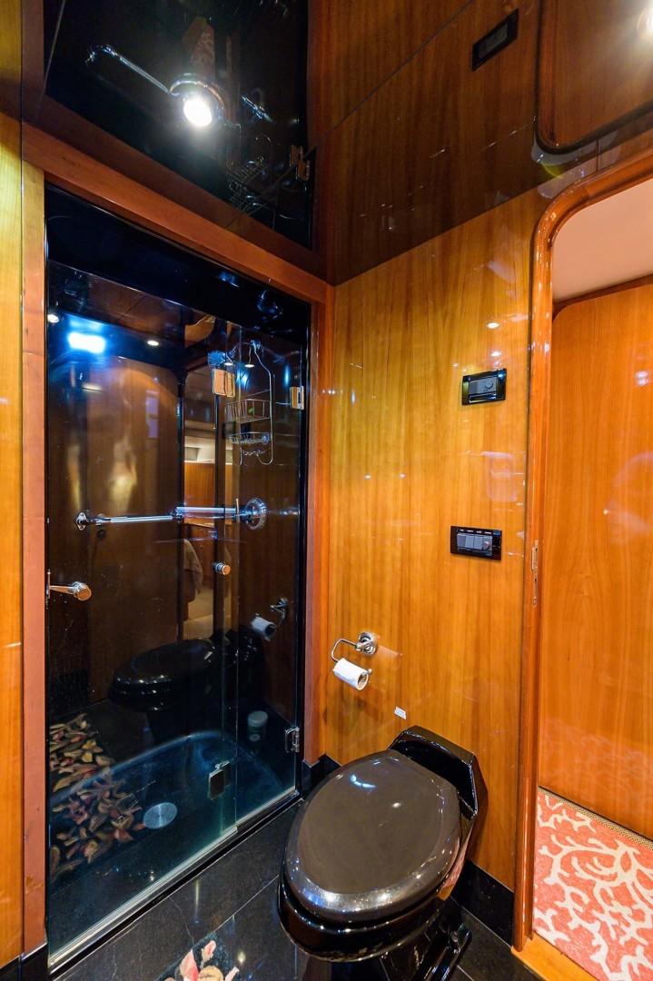 Queenship-Pilothouse Motor Yacht 1996-UNBRIDLED Stuart-Florida-United States-Shower and Head-1383301 | Thumbnail