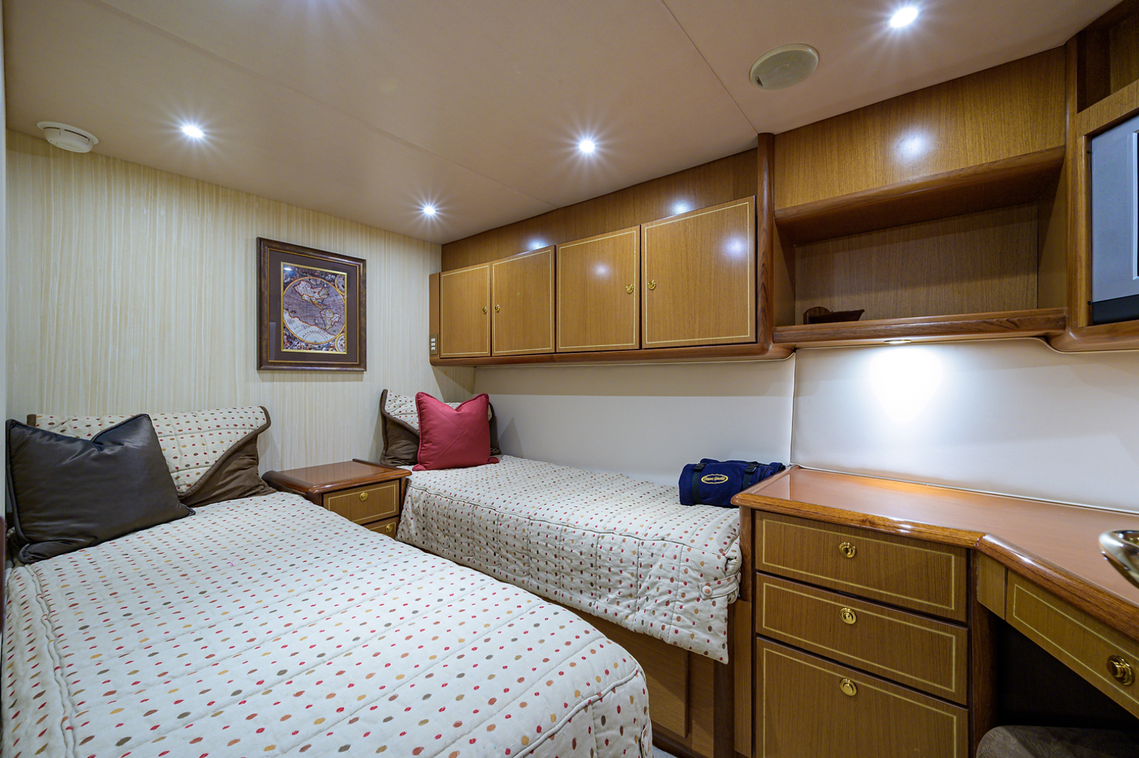 Ocean Yachts-Odyssey 2005-MISS JAN Palm Beach Gardens-Florida-United States-Guest Stateroom-1386981 | Thumbnail