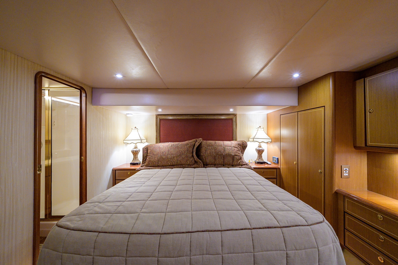 Ocean Yachts-Odyssey 2005-MISS JAN Palm Beach Gardens-Florida-United States-Master Stateroom-1386899 | Thumbnail
