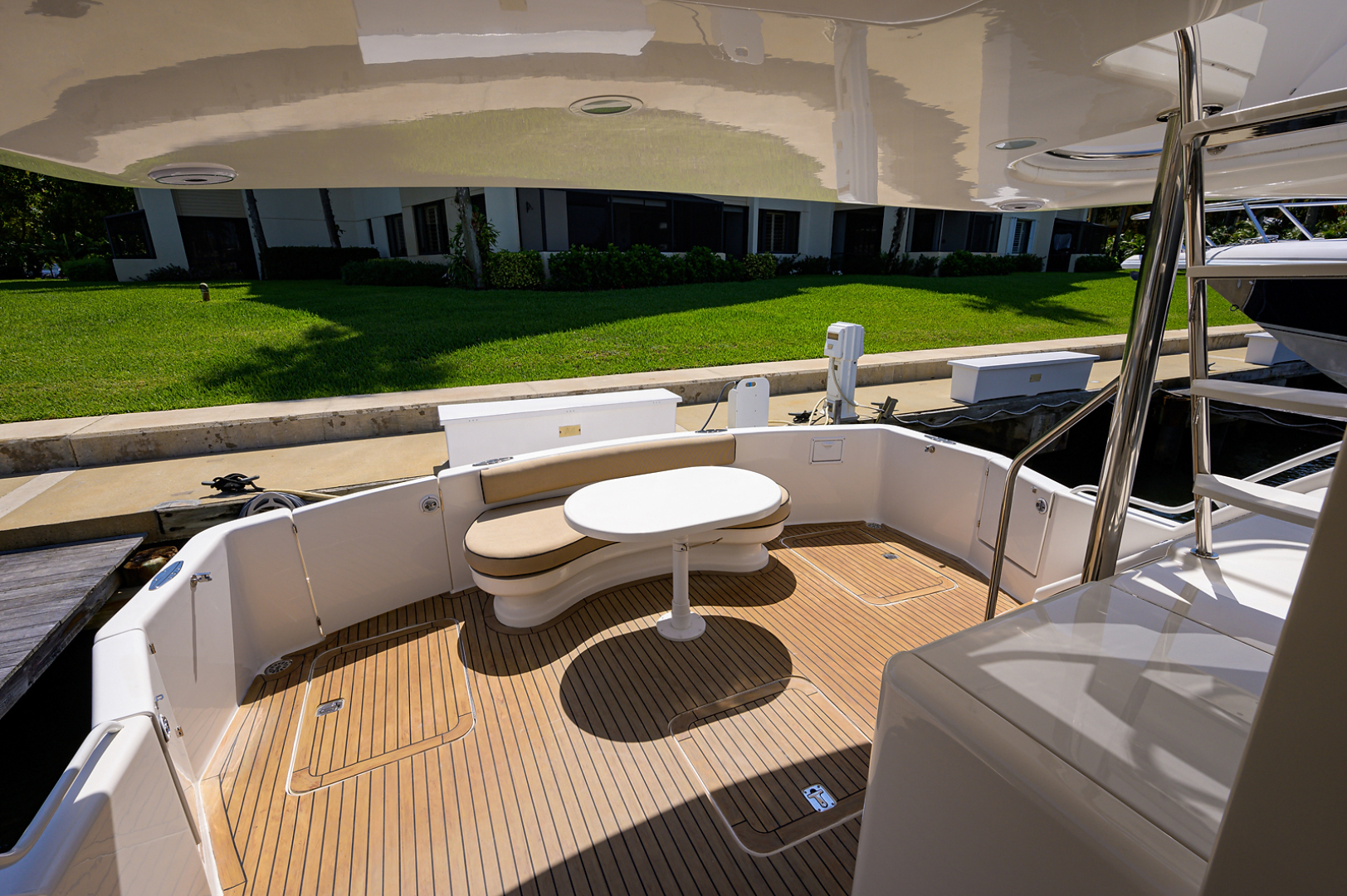 Ocean Yachts-Odyssey 2005-MISS JAN Palm Beach Gardens-Florida-United States-Cockpit-1387039 | Thumbnail