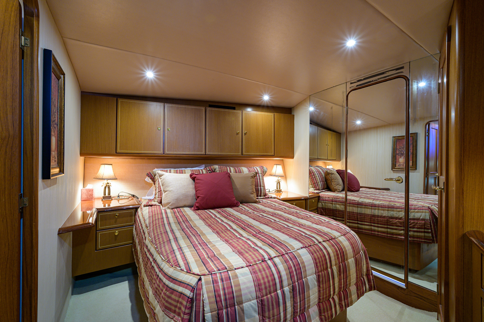 Ocean Yachts-Odyssey 2005-MISS JAN Palm Beach Gardens-Florida-United States-Forward Stateroom-1386906 | Thumbnail