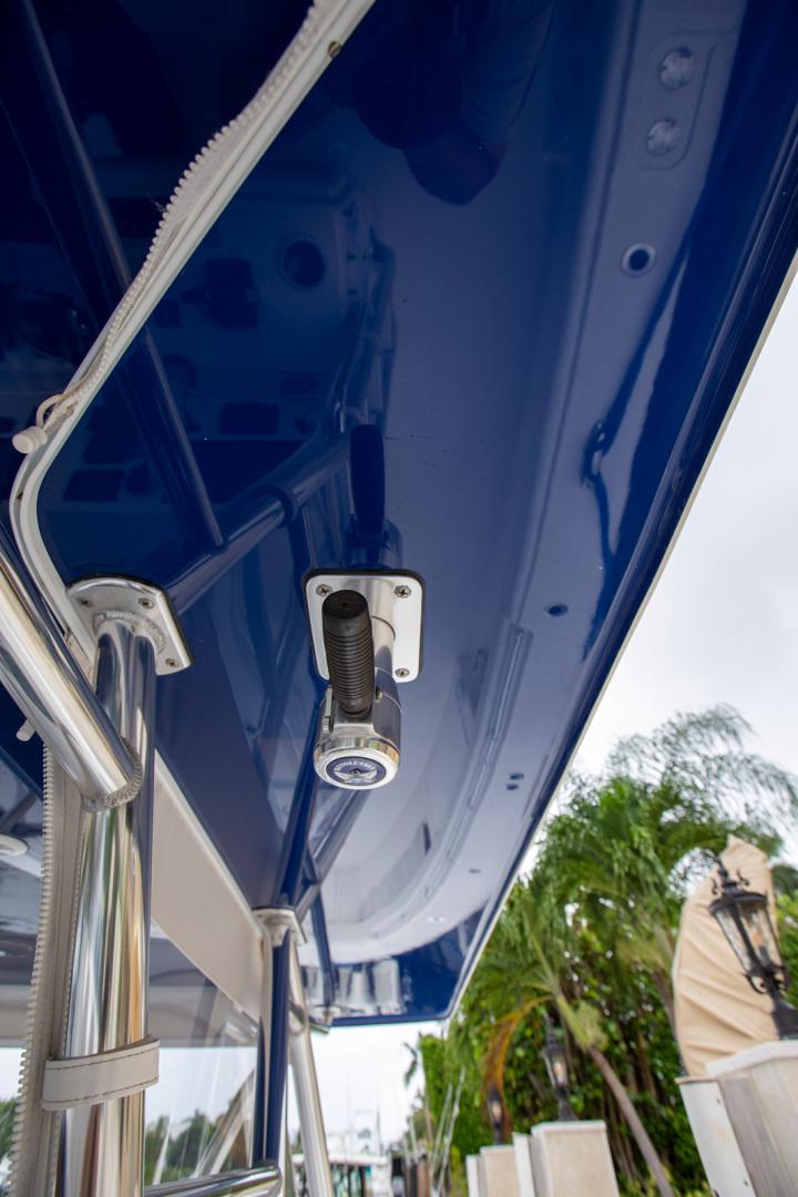 Invincible-42 CC w/SeaKeeper 2013-Tender Delray Beach-Florida-United States-1450285 | Thumbnail