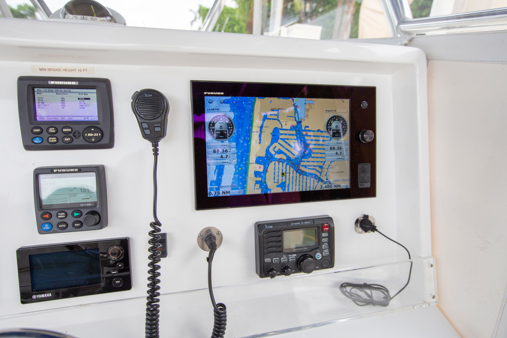 Invincible-42 CC w/SeaKeeper 2013-Tender Delray Beach-Florida-United States-1450268 | Thumbnail