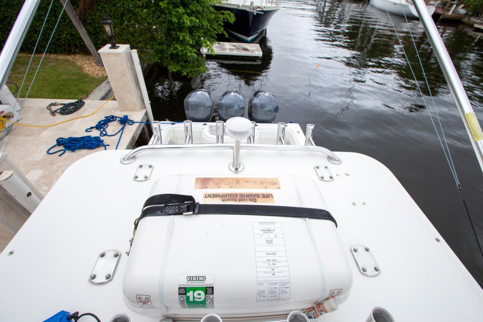 Invincible-42 CC w/SeaKeeper 2013-Tender Delray Beach-Florida-United States-1450274 | Thumbnail