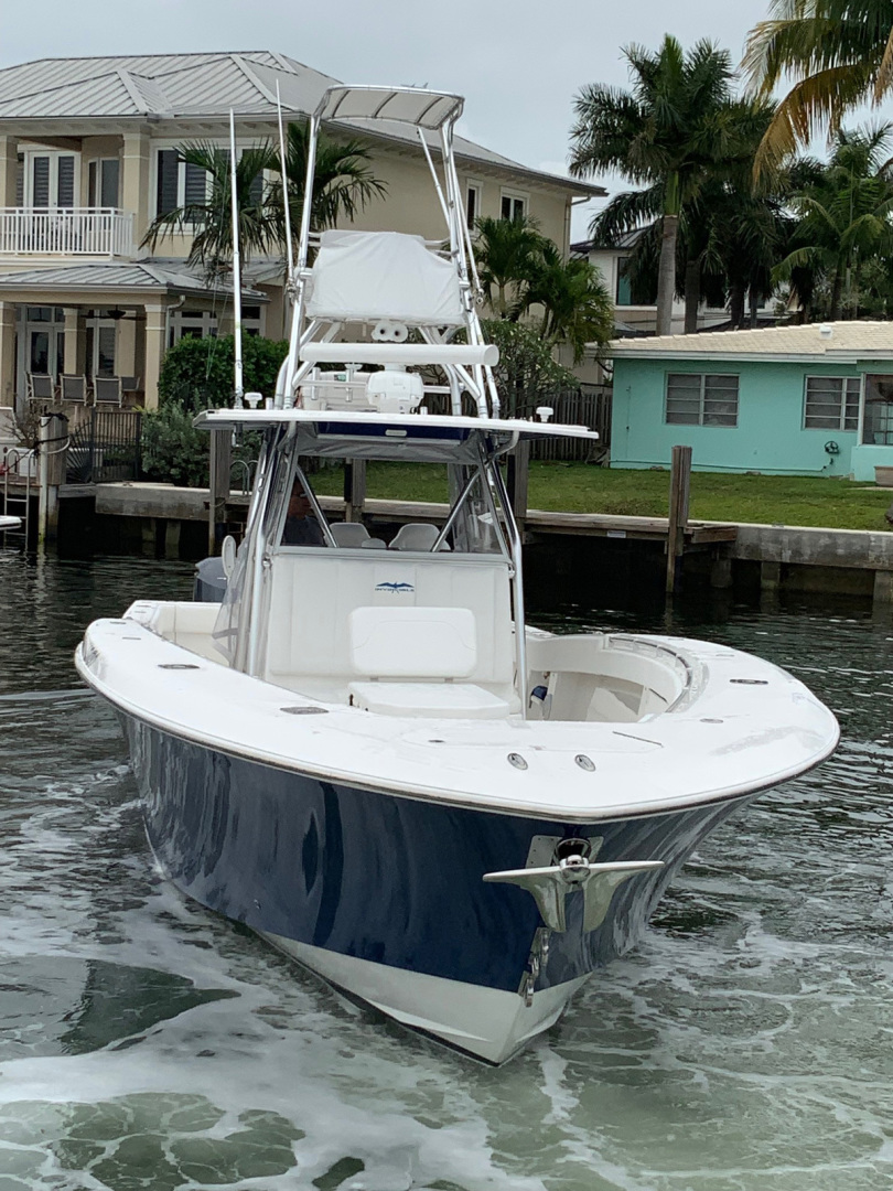 Invincible-42 CC w/SeaKeeper 2013-Tender Delray Beach-Florida-United States-1450232 | Thumbnail