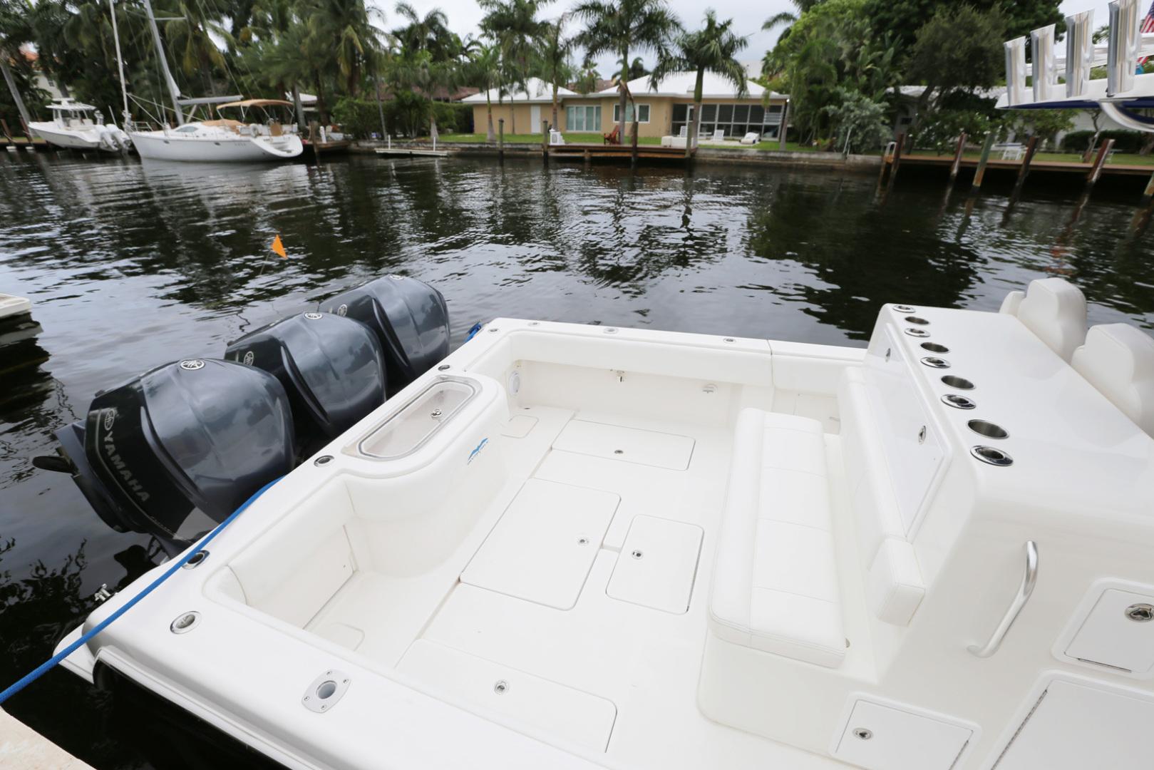 Invincible-42 CC w/SeaKeeper 2013-Tender Delray Beach-Florida-United States-1450239 | Thumbnail