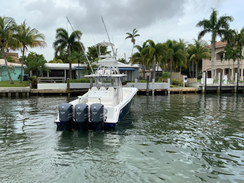 Invincible-42 CC w/SeaKeeper 2013-Tender Delray Beach-Florida-United States-1450235 | Thumbnail