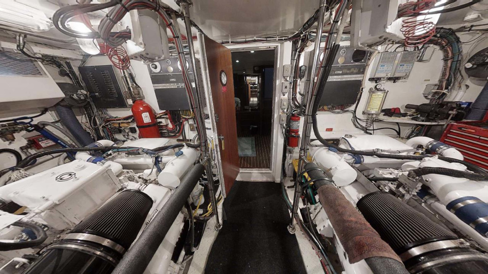 Hatteras-Motoryacht 1987-Christie Lee Stuart-Florida-United States-Engine Room-1392653   Thumbnail