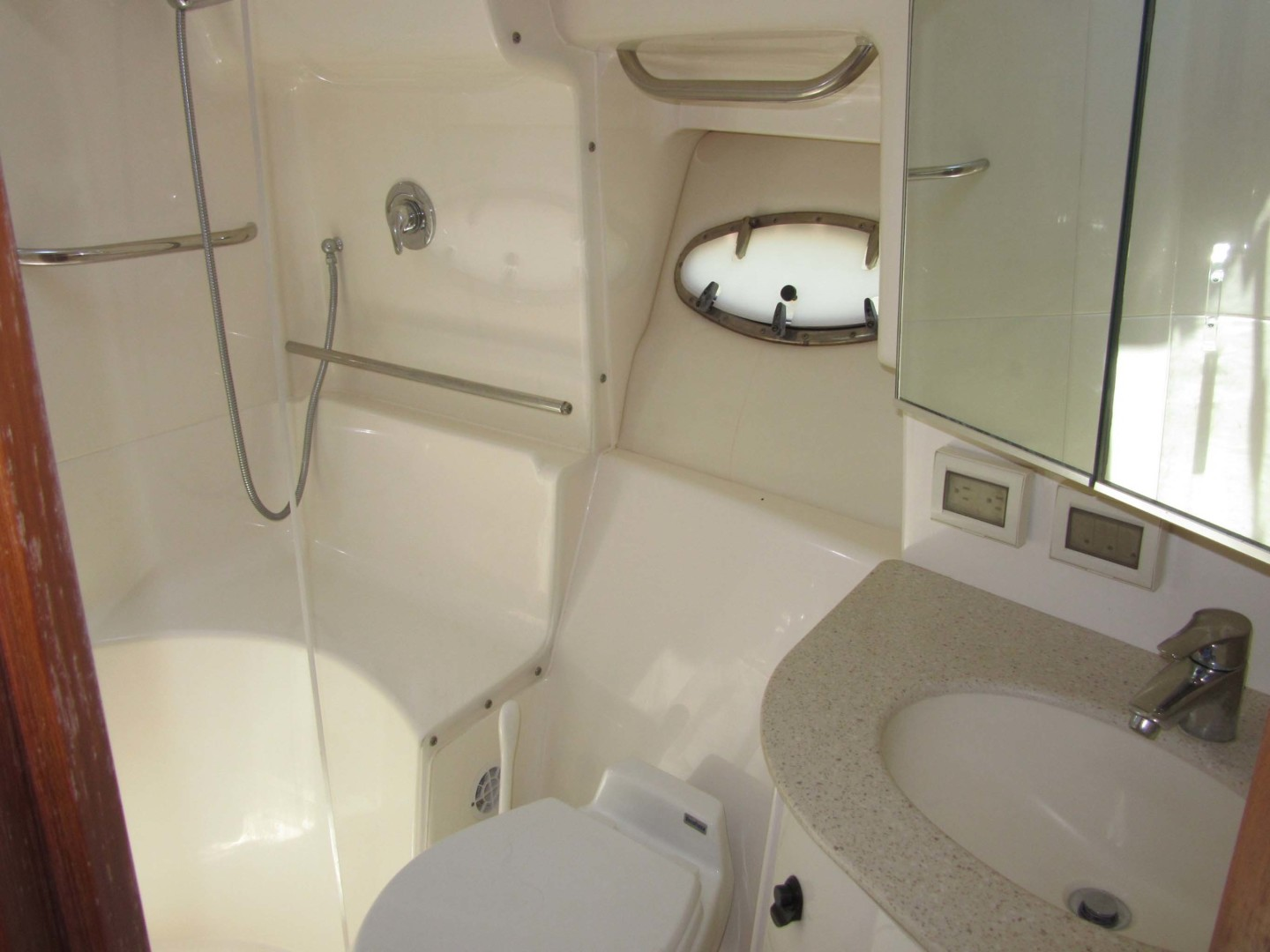 Tiara Yachts-3800 Open 2007-Fast Forward Gulfport-Florida-United States-Head and Shower Stall-1393000 | Thumbnail