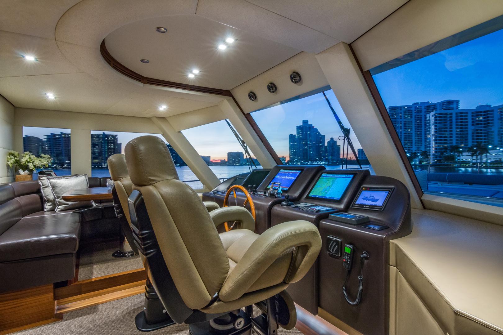 Vicem-Raised Pilot House 2013-MONI FORT LAUDERDALE-Florida-United States-WHEELHOUSE-1394868 | Thumbnail