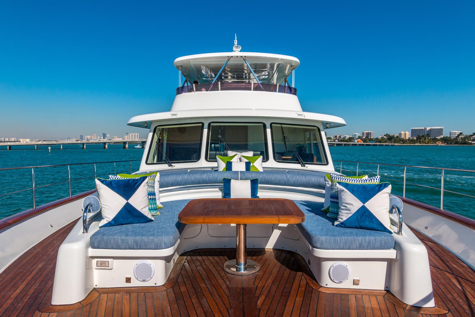 Vicem-Raised Pilot House 2013-MONI FORT LAUDERDALE-Florida-United States-BOW SEATING -1394882 | Thumbnail