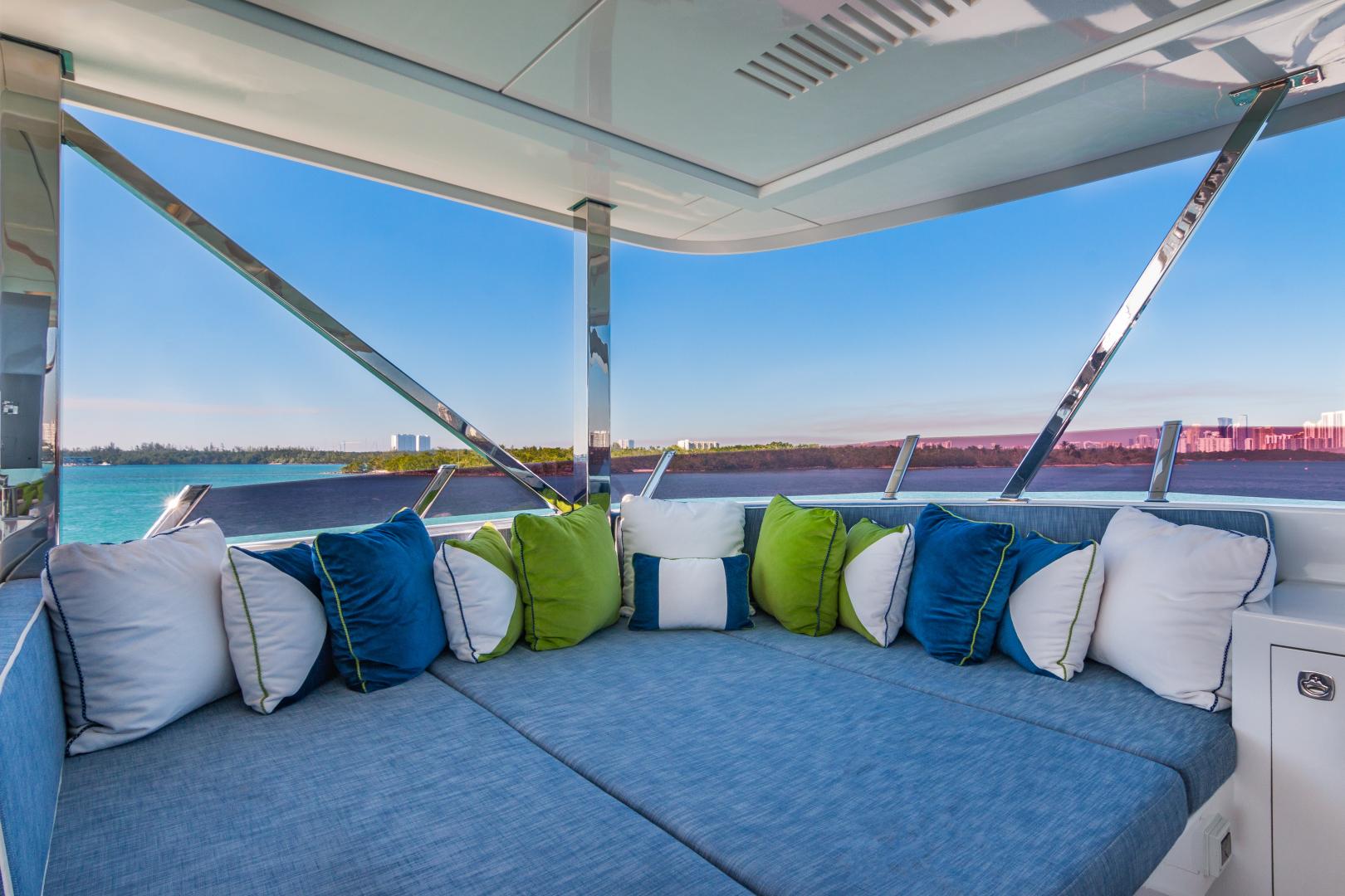 Vicem-Raised Pilot House 2013-MONI FORT LAUDERDALE-Florida-United States-SUN DECK LOUNGING-1394886 | Thumbnail
