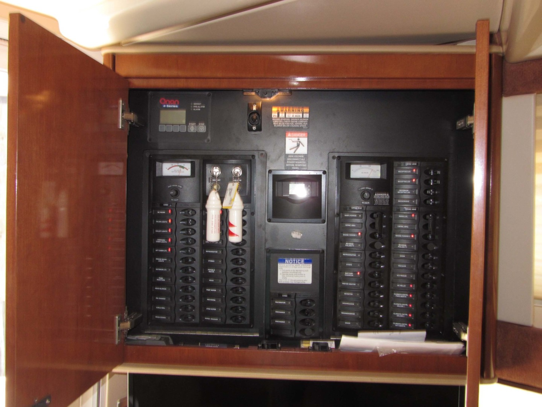 Meridian-391 Sedan 2006 -Treasure Island-Florida-United States-Electrical Panel-1396625   Thumbnail