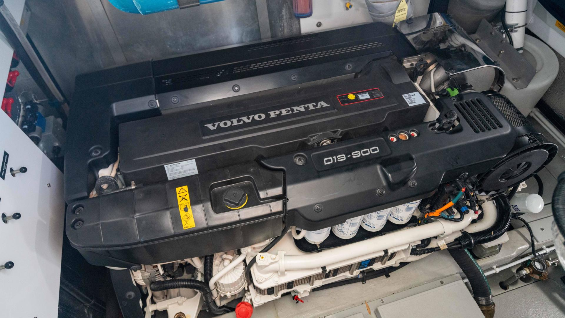 Sunseeker-Predator 57 2017 -Newport-Rhode Island-United States-1398935 | Thumbnail