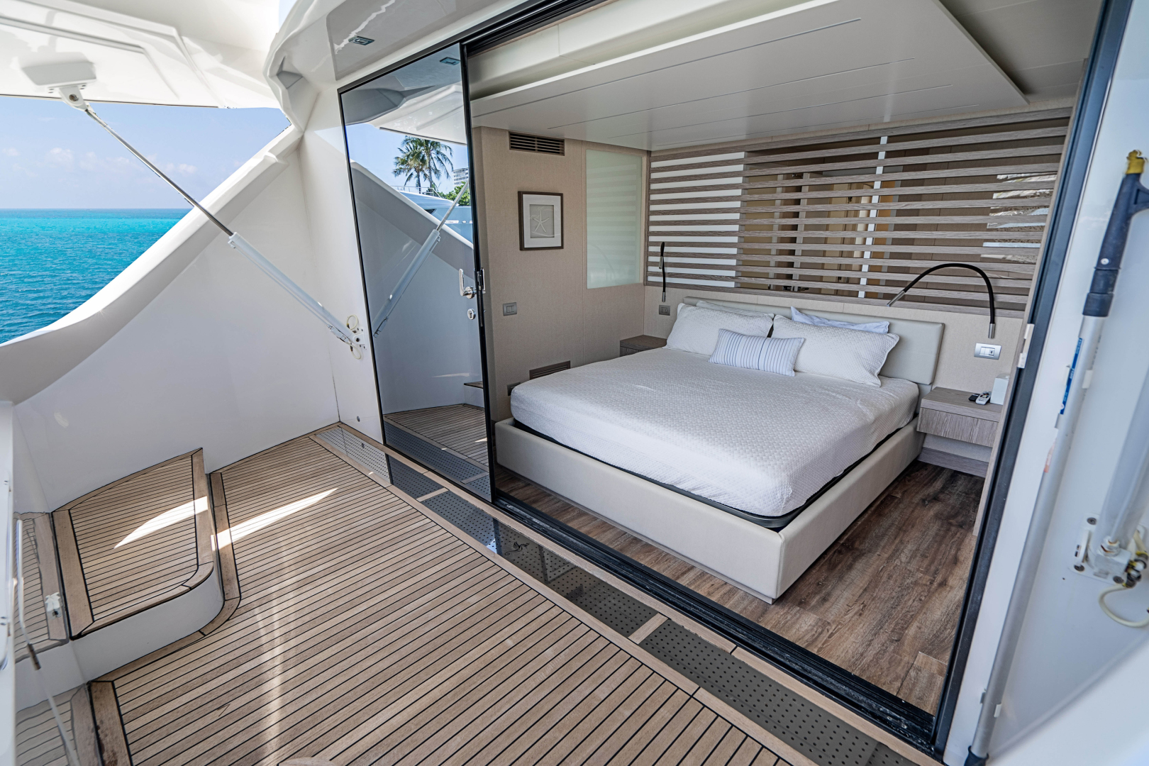 Overblue-58 Power Catamaran 2017-Techuila Ft. Lauderdale-Florida-United States-2017 Overblue 58 Powercat MSR Private Deck-1401177   Thumbnail