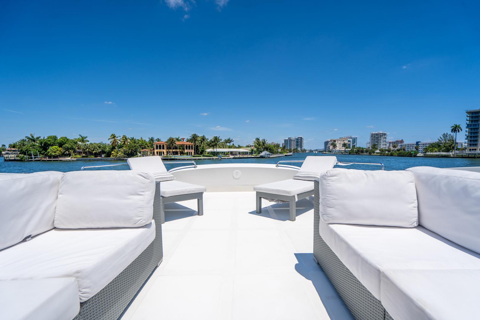 Overblue-58 Power Catamaran 2017-Techuila Ft. Lauderdale-Florida-United States-2017 Overblue 58 Powercat-1401265   Thumbnail