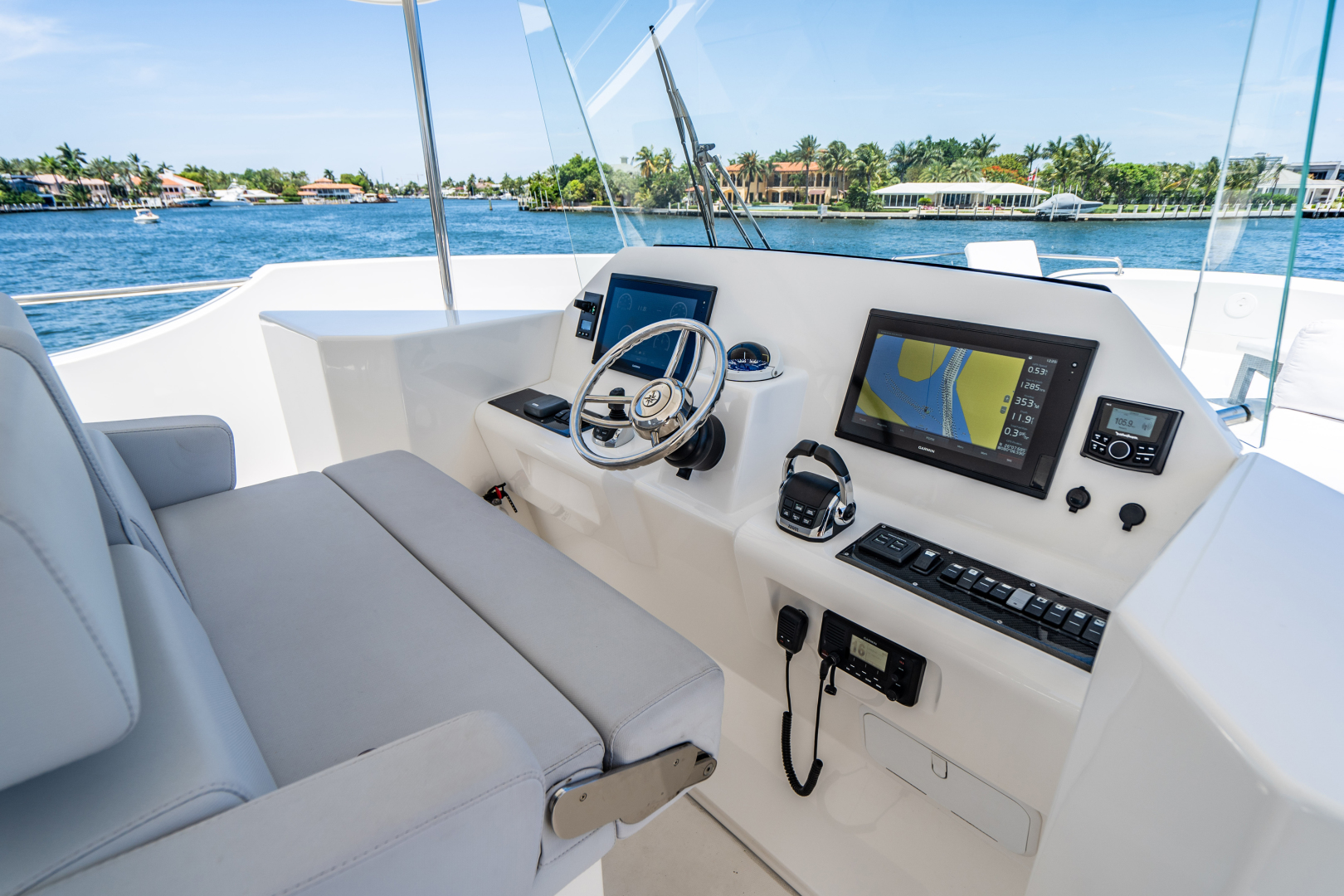 Overblue-58 Power Catamaran 2017-Techuila Ft. Lauderdale-Florida-United States-2017 Overblue 58 Powercat FB Helm-1401187   Thumbnail
