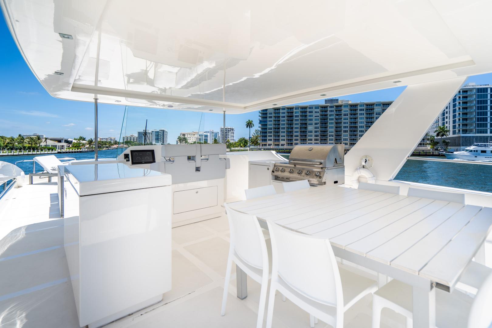 Overblue-58 Power Catamaran 2017-Techuila Ft. Lauderdale-Florida-United States-2017 Overblue 58 Powercat FB Entertaining Area-1401183   Thumbnail