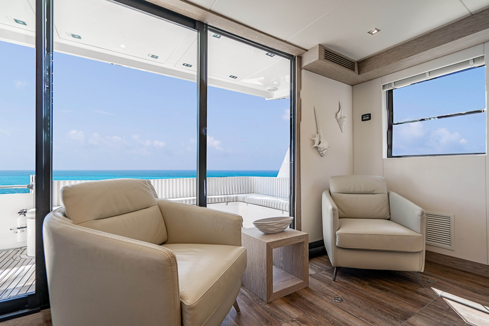Overblue-58 Power Catamaran 2017-Techuila Ft. Lauderdale-Florida-United States-2017 Overblue 58 Powercat-1401130   Thumbnail