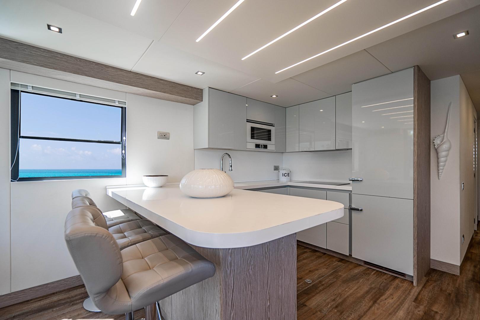 Overblue-58 Power Catamaran 2017-Techuila Ft. Lauderdale-Florida-United States-2017 Overblue 58 Powercat-1401131   Thumbnail