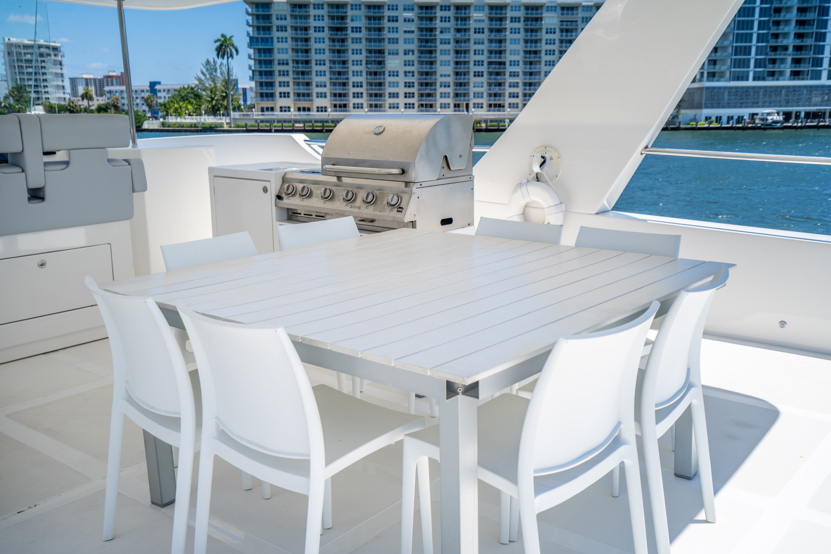 Overblue-58 Power Catamaran 2017-Techuila Ft. Lauderdale-Florida-United States-2017 Overblue 58 Powercat-1401250   Thumbnail