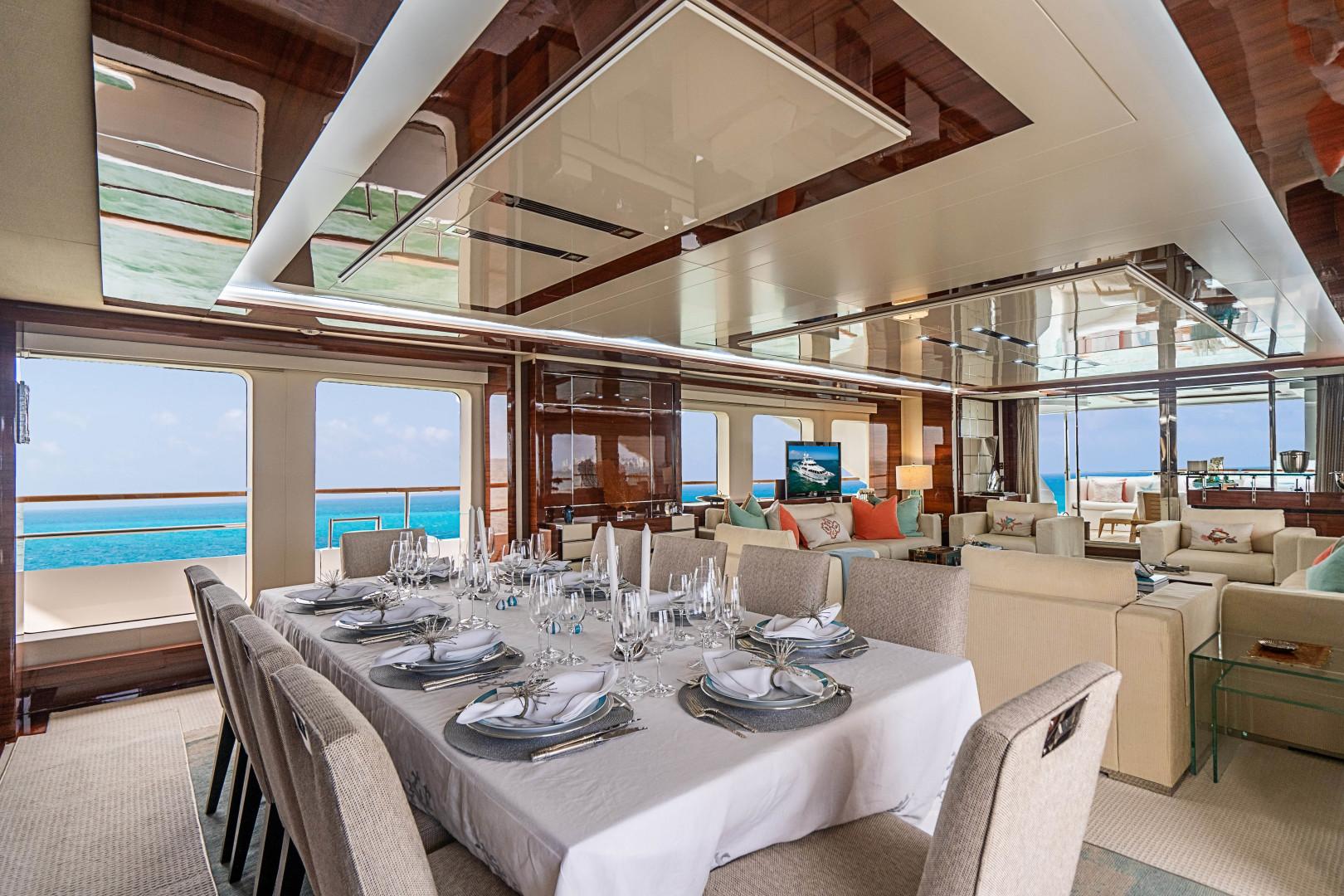 Benetti 2011 -Miami-Florida-United States-1543888 | Thumbnail