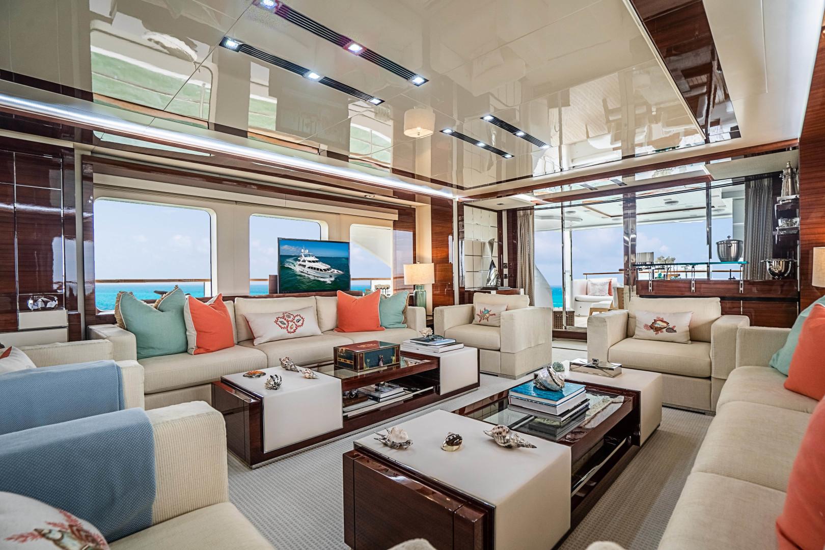 Benetti 2011 -Miami-Florida-United States-1543887 | Thumbnail
