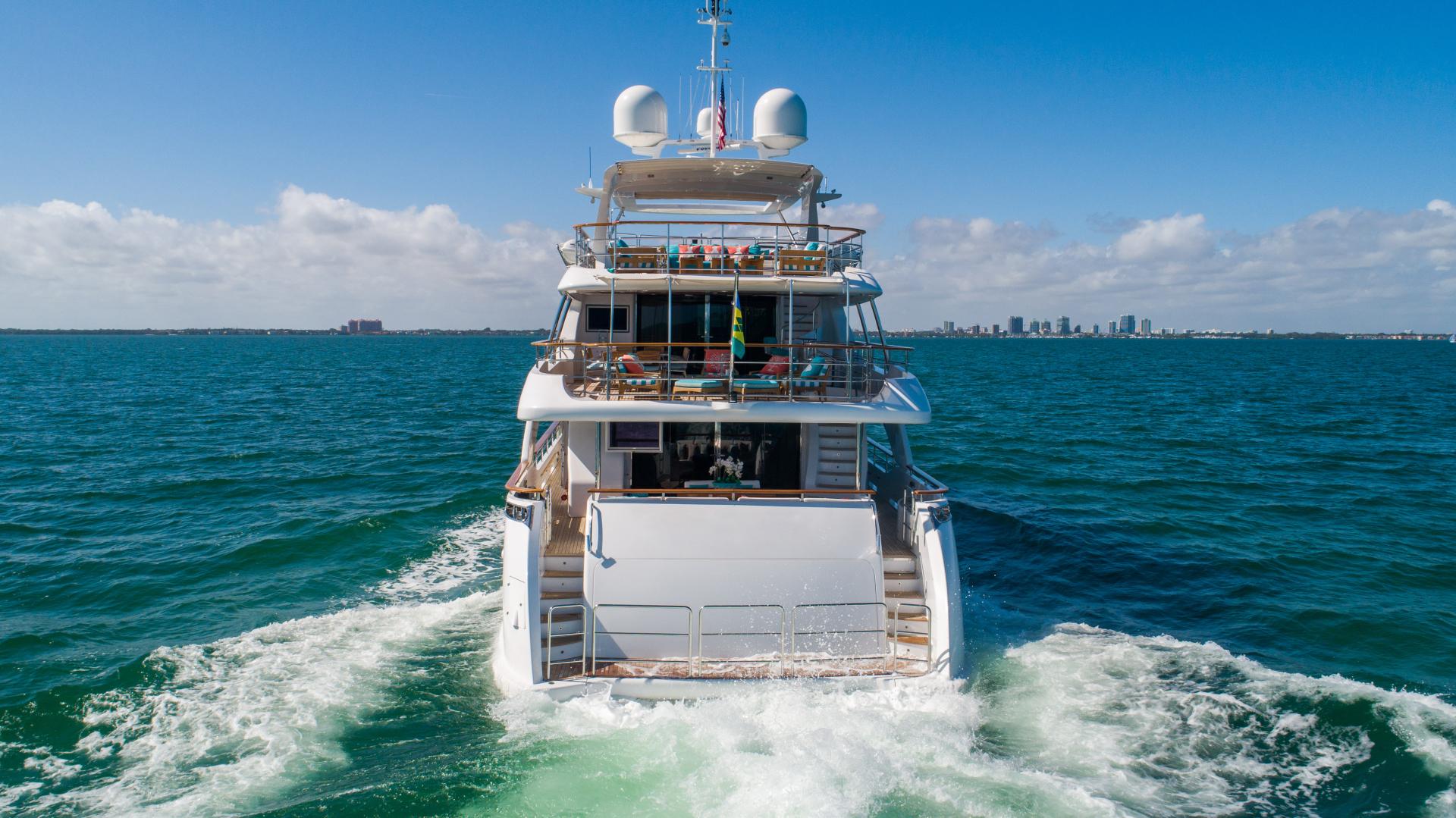Benetti 2011 -Miami-Florida-United States-1543881 | Thumbnail