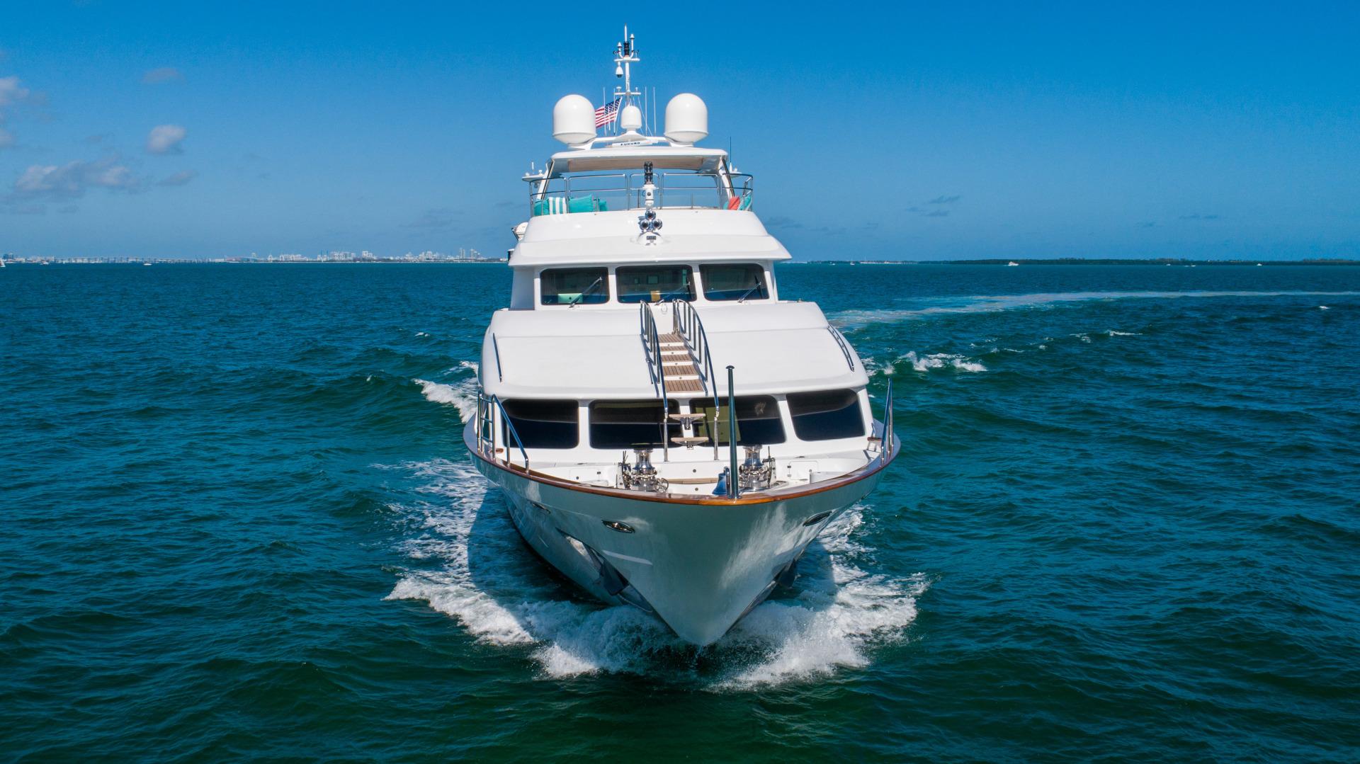 Benetti 2011 -Miami-Florida-United States-1543882 | Thumbnail